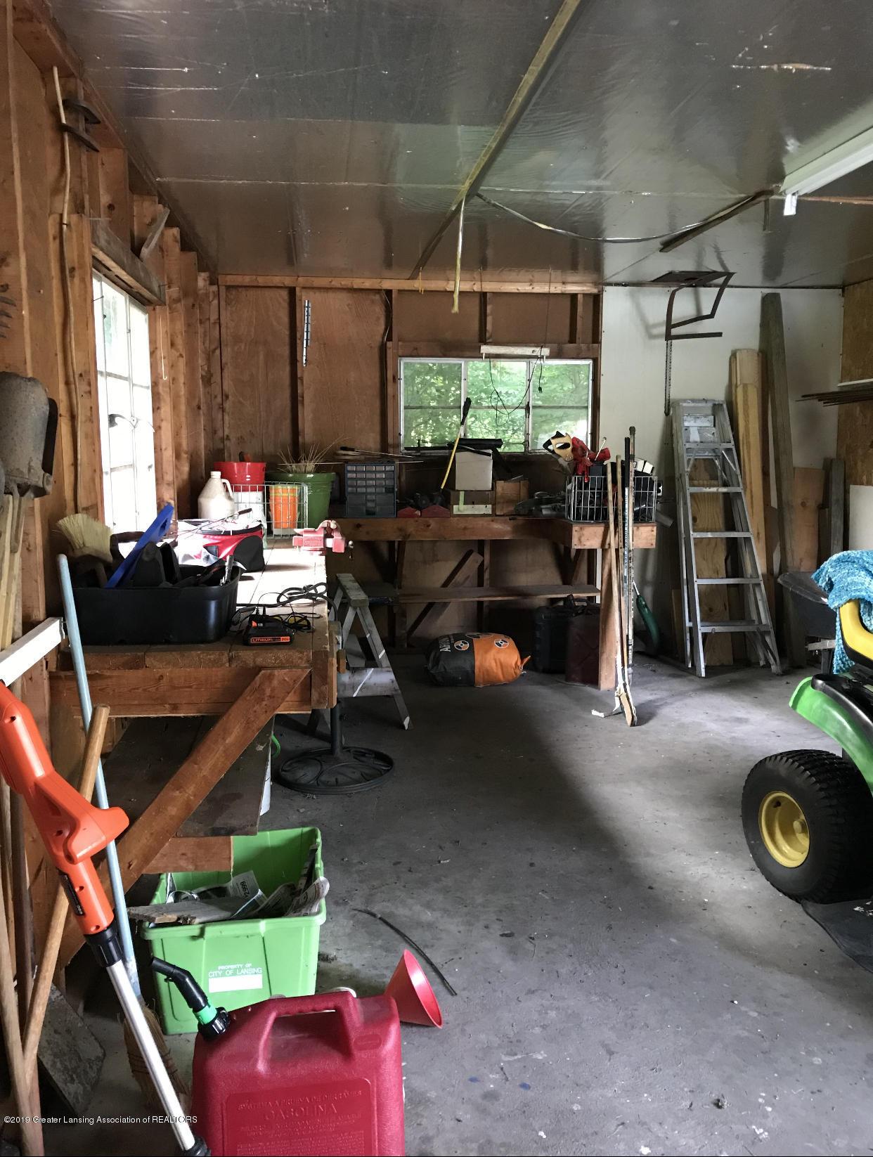 11217 Plains Rd - Detached Garage - 31