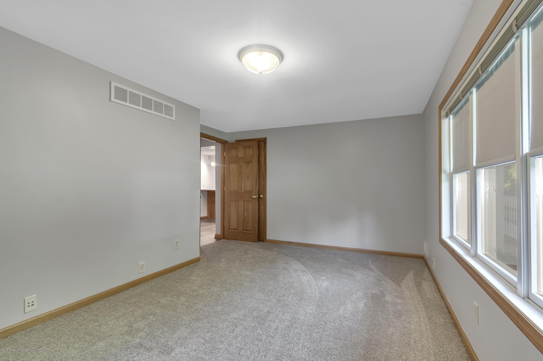 5891 Zimmer Rd - 5891-Zimmer-Rd-Williamston-MI-windowstil - 17