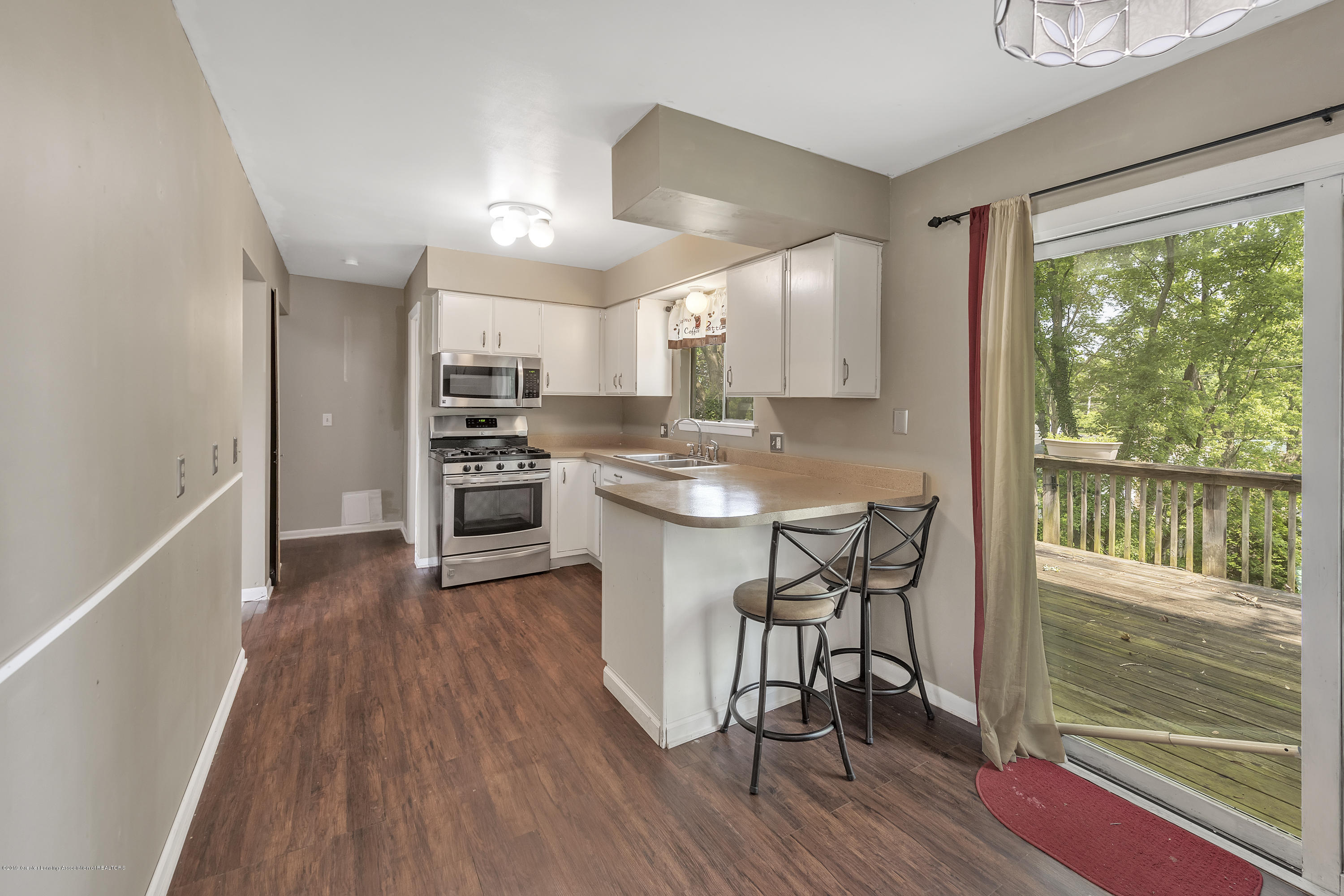 4914 W Willow Hwy - 4914-West-Willow-Street-Lansing-charter - 7