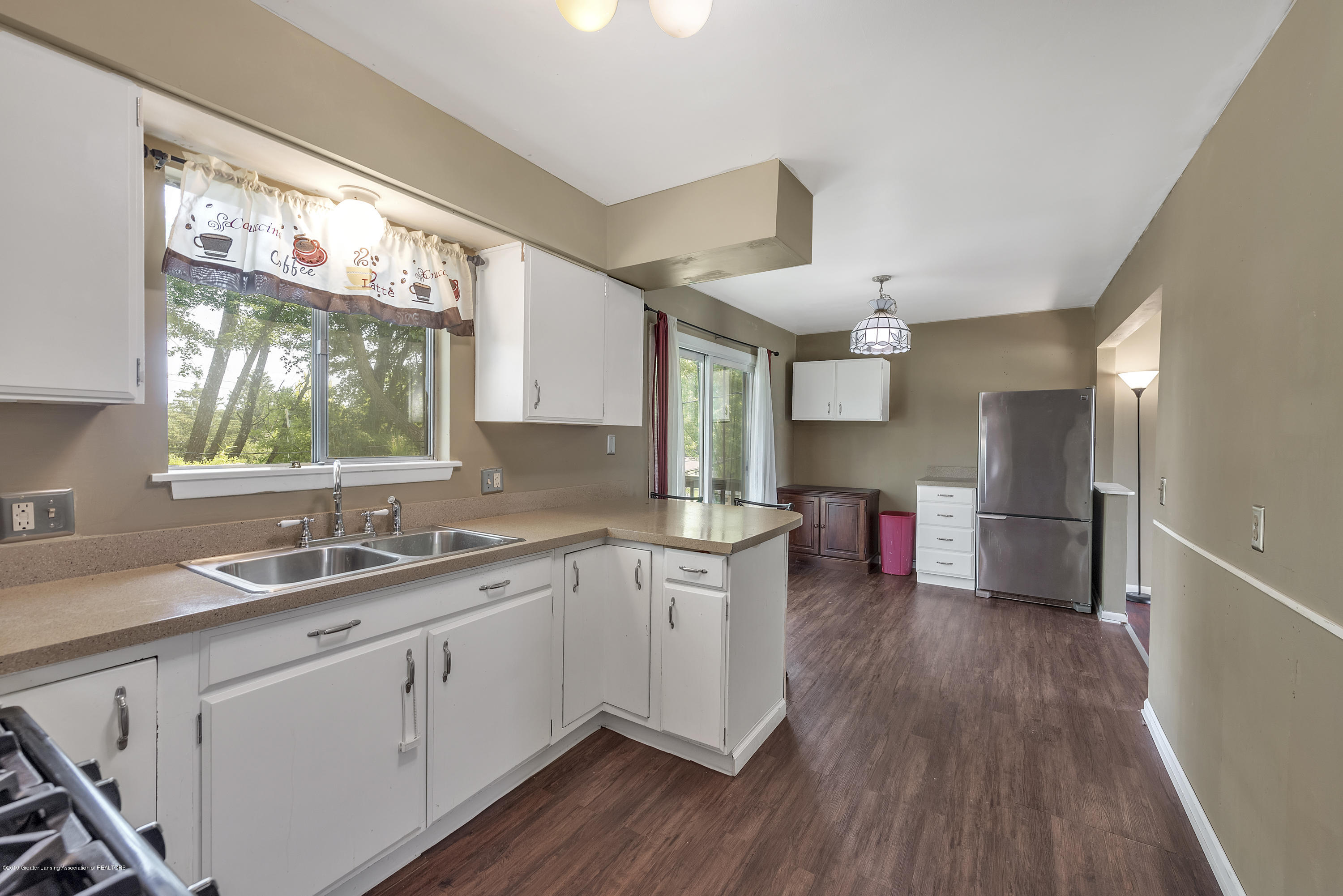 4914 W Willow Hwy - 4914-West-Willow-Street-Lansing-charter - 9