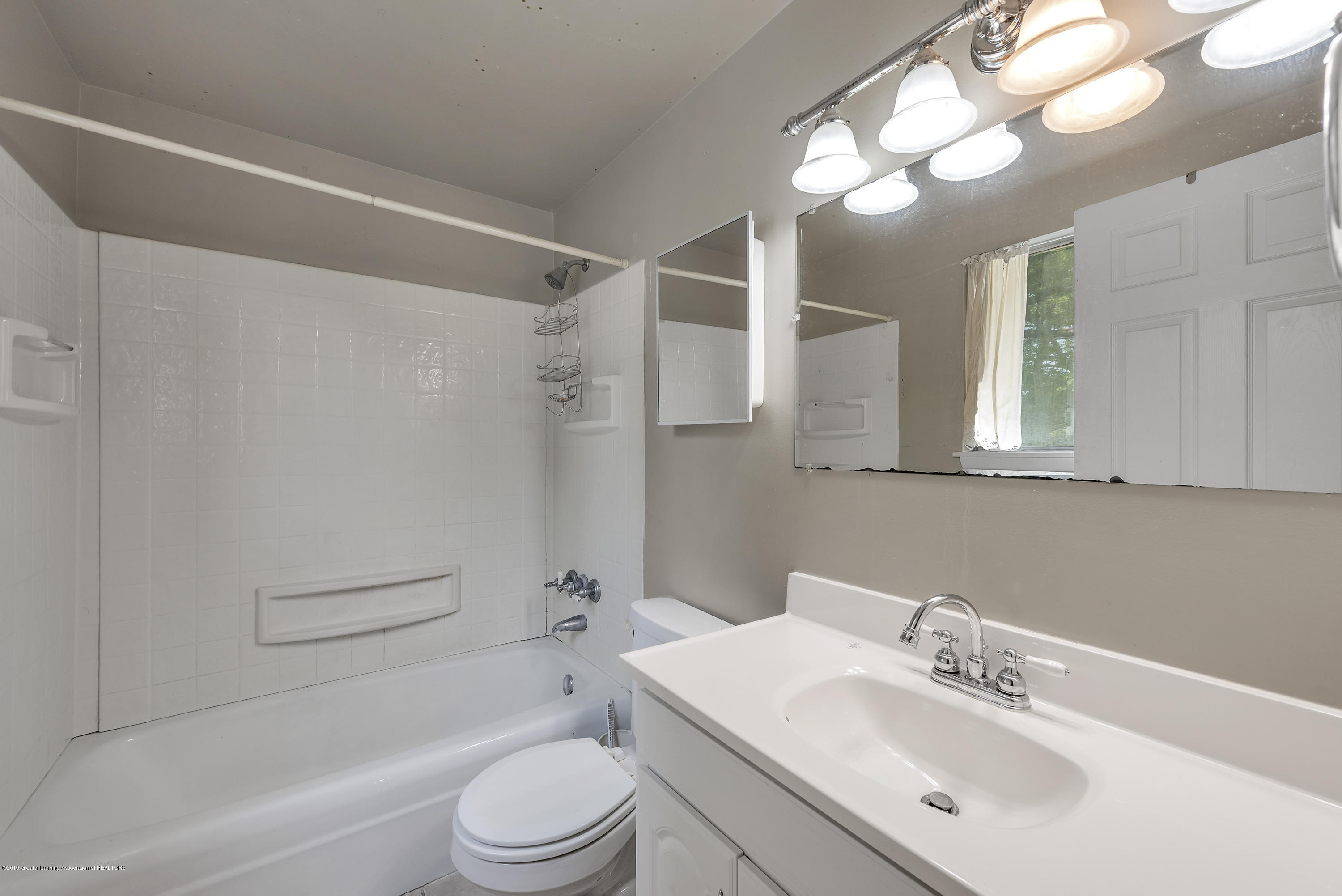 4914 W Willow Hwy - 4914-West-Willow-Street-Lansing-charter - 15