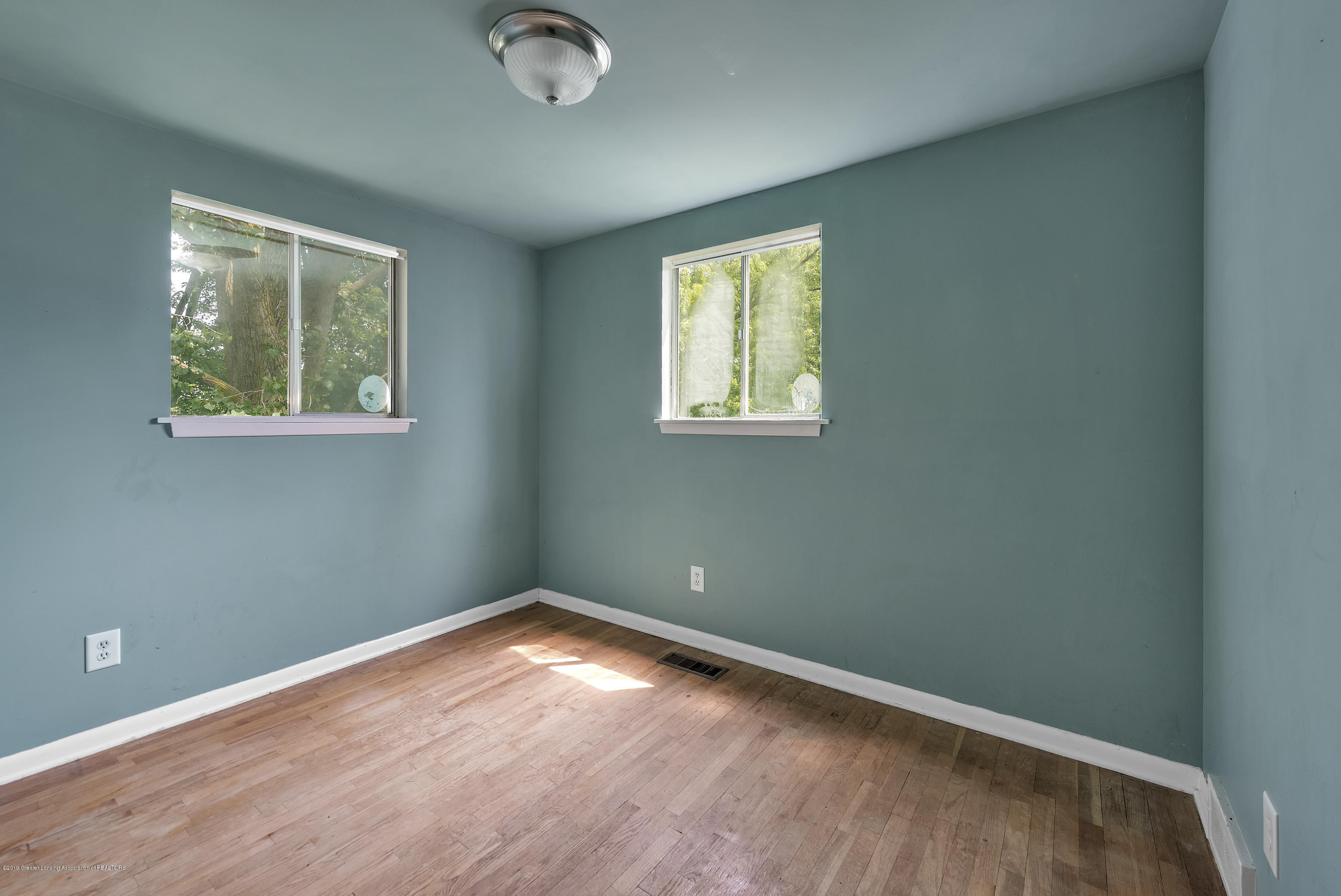 4914 W Willow Hwy - 4914-West-Willow-Street-Lansing-charter - 17