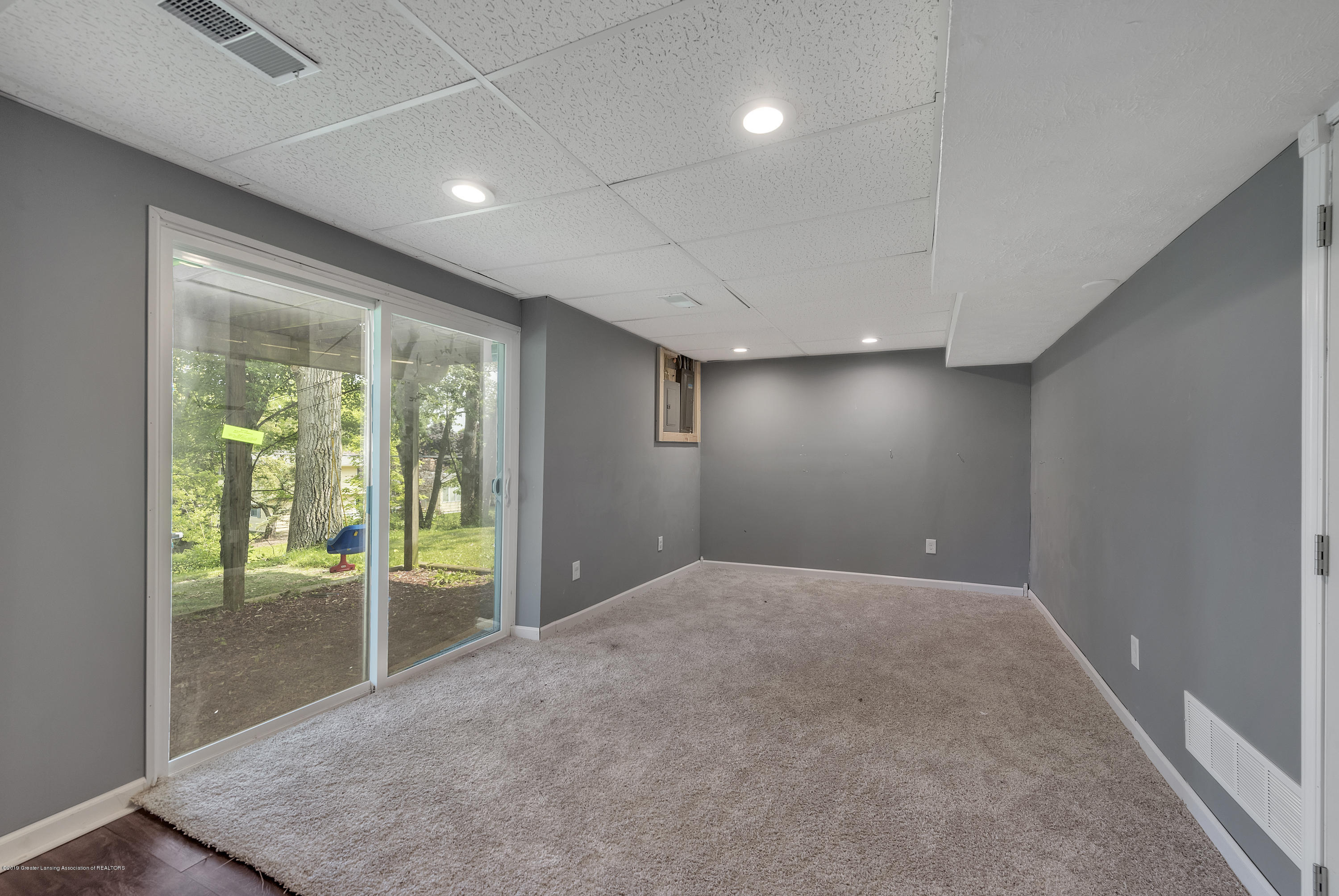 4914 W Willow Hwy - 4914-West-Willow-Street-Lansing-charter - 21