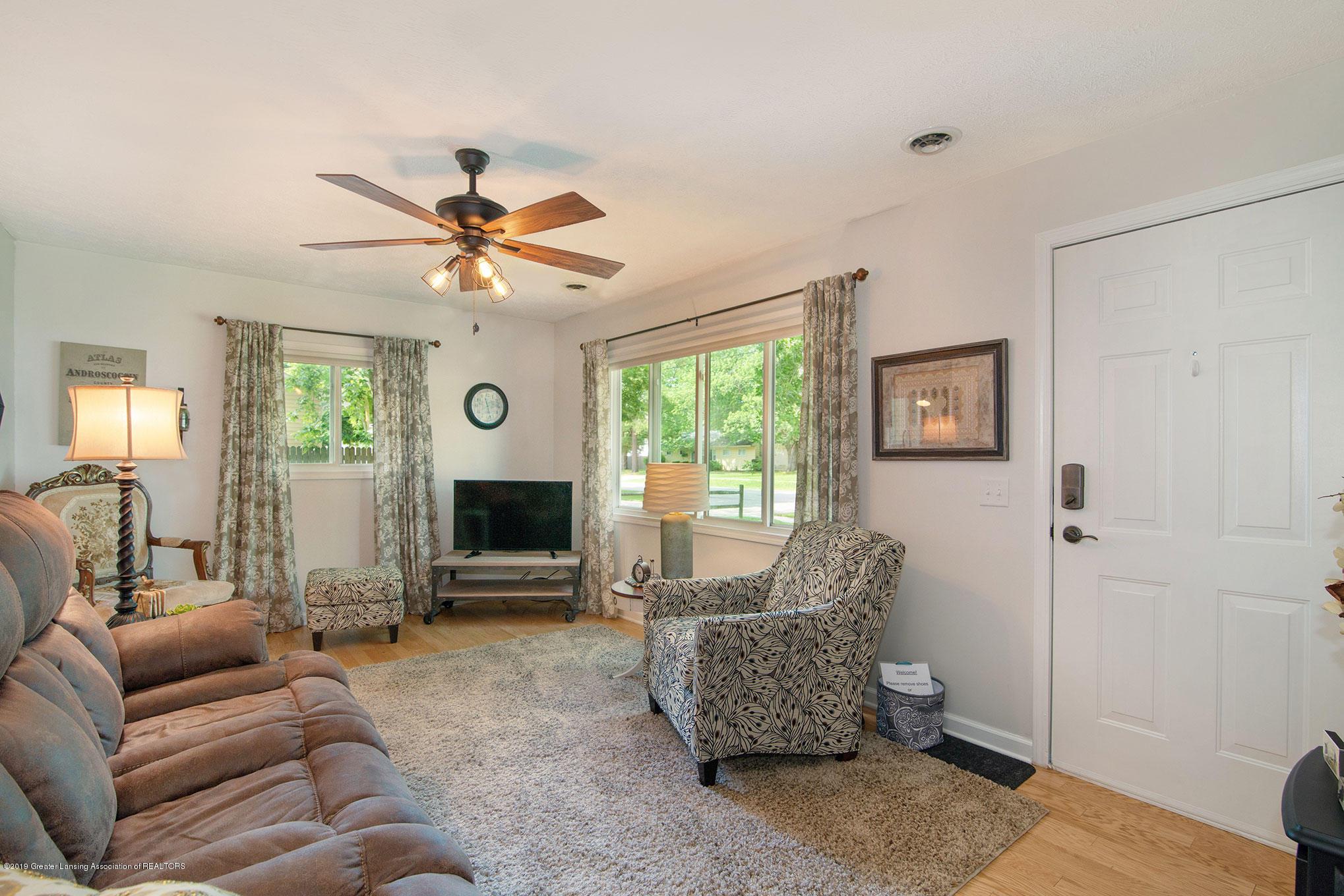 2034 Adelpha Ave - Living Room - 2
