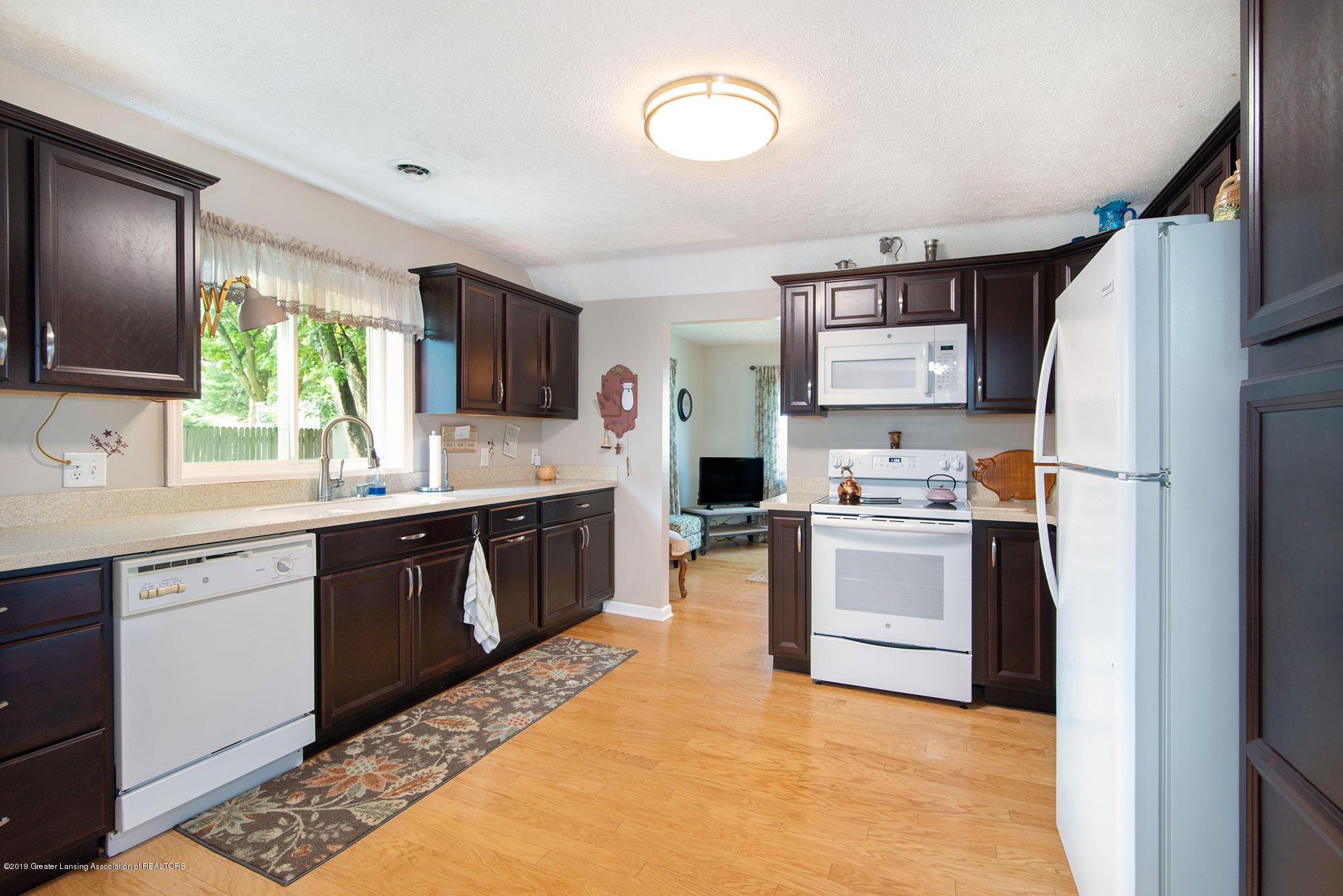 2034 Adelpha Ave - Kitchen - 4