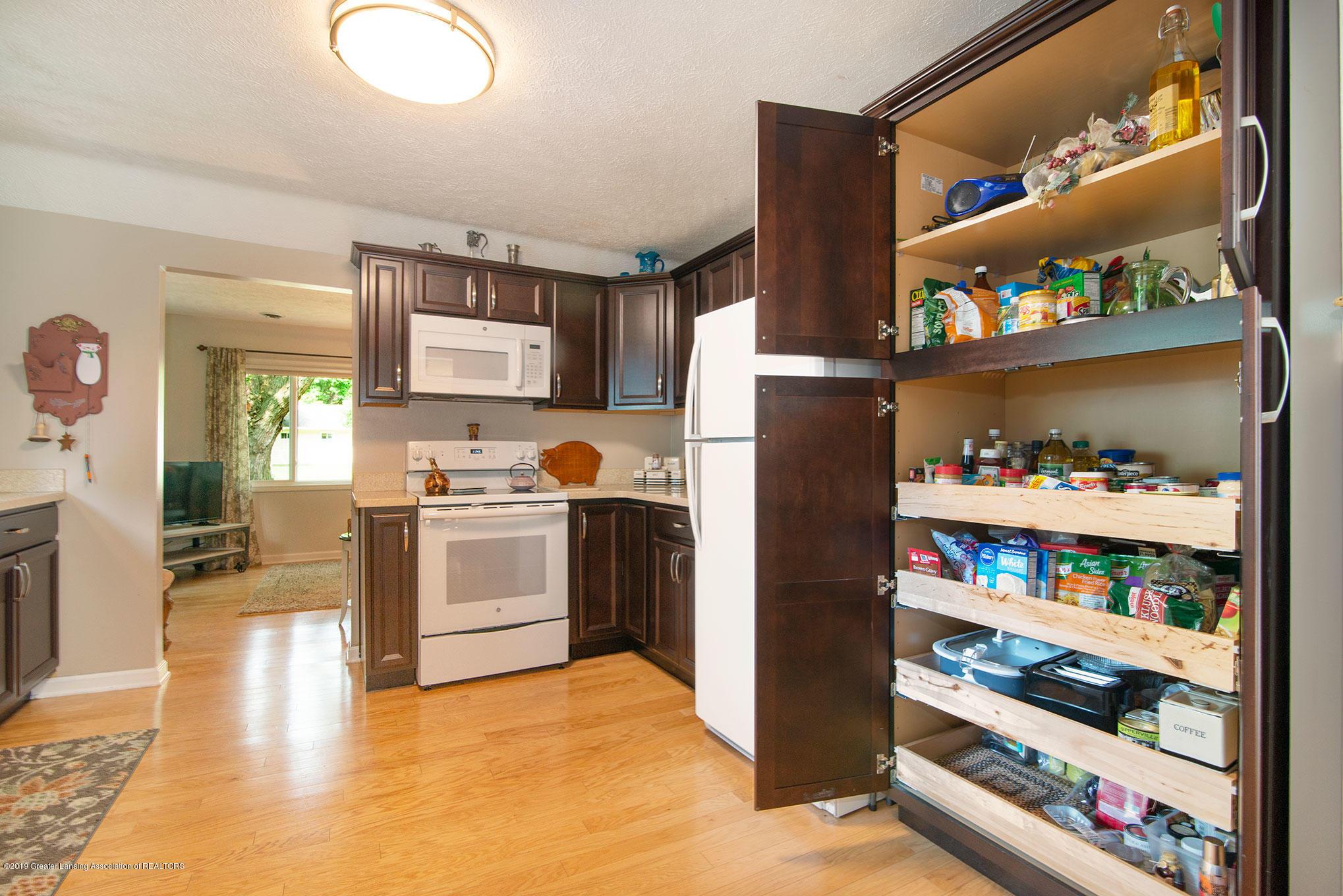 2034 Adelpha Ave - Kitchen & Pantry - 6