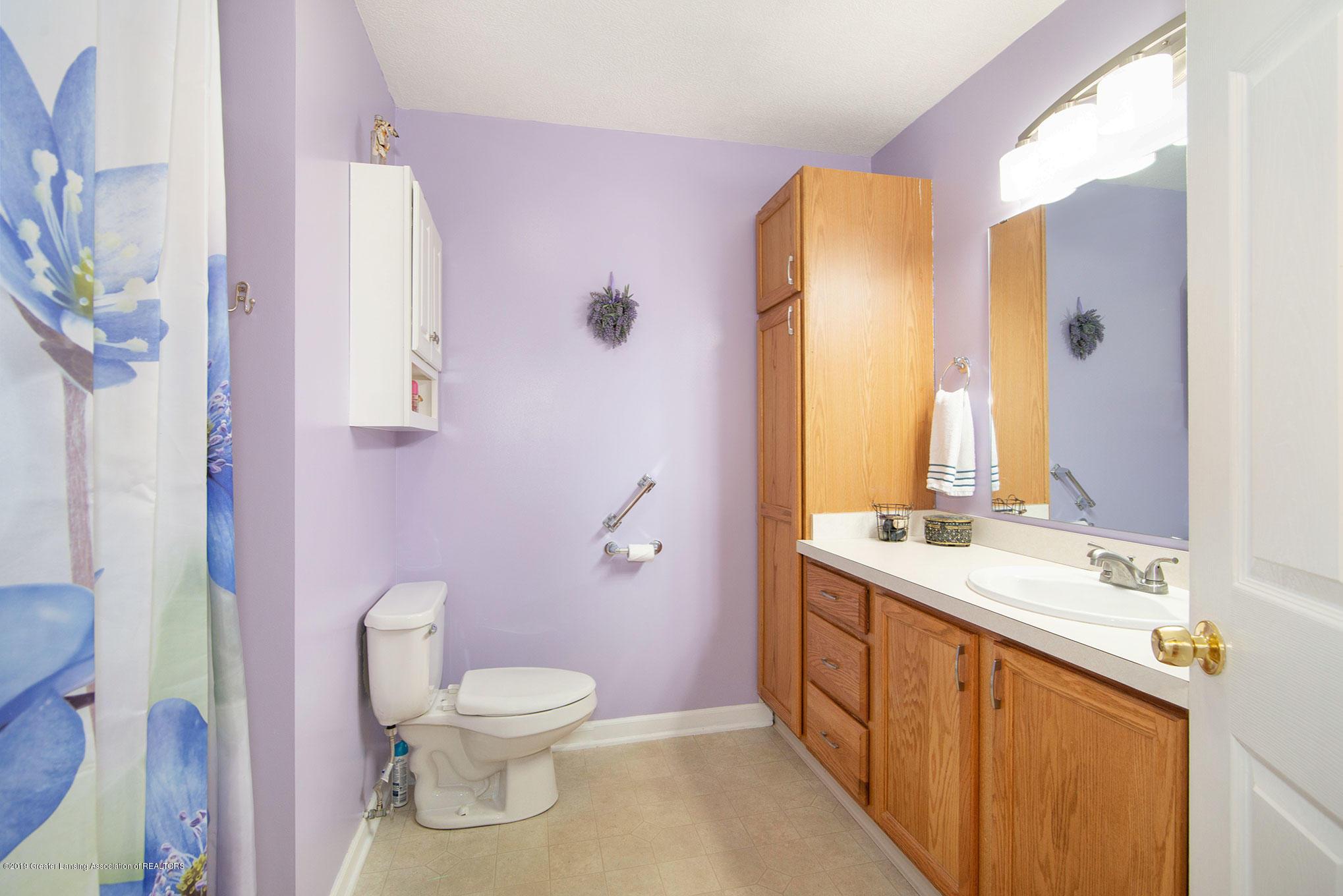 2034 Adelpha Ave - Bathroom - 11