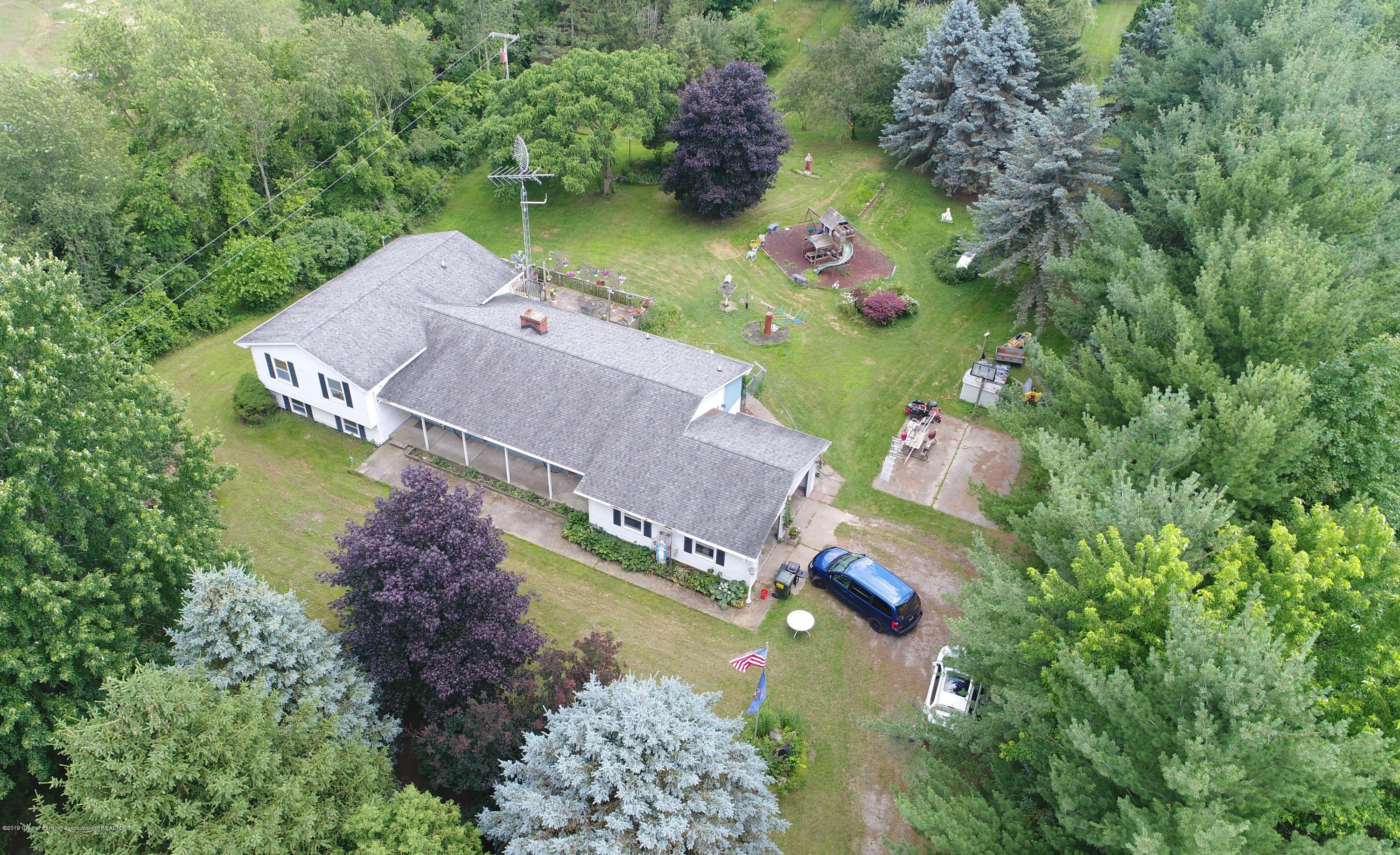 2158 Dennis Rd - Front View - 39