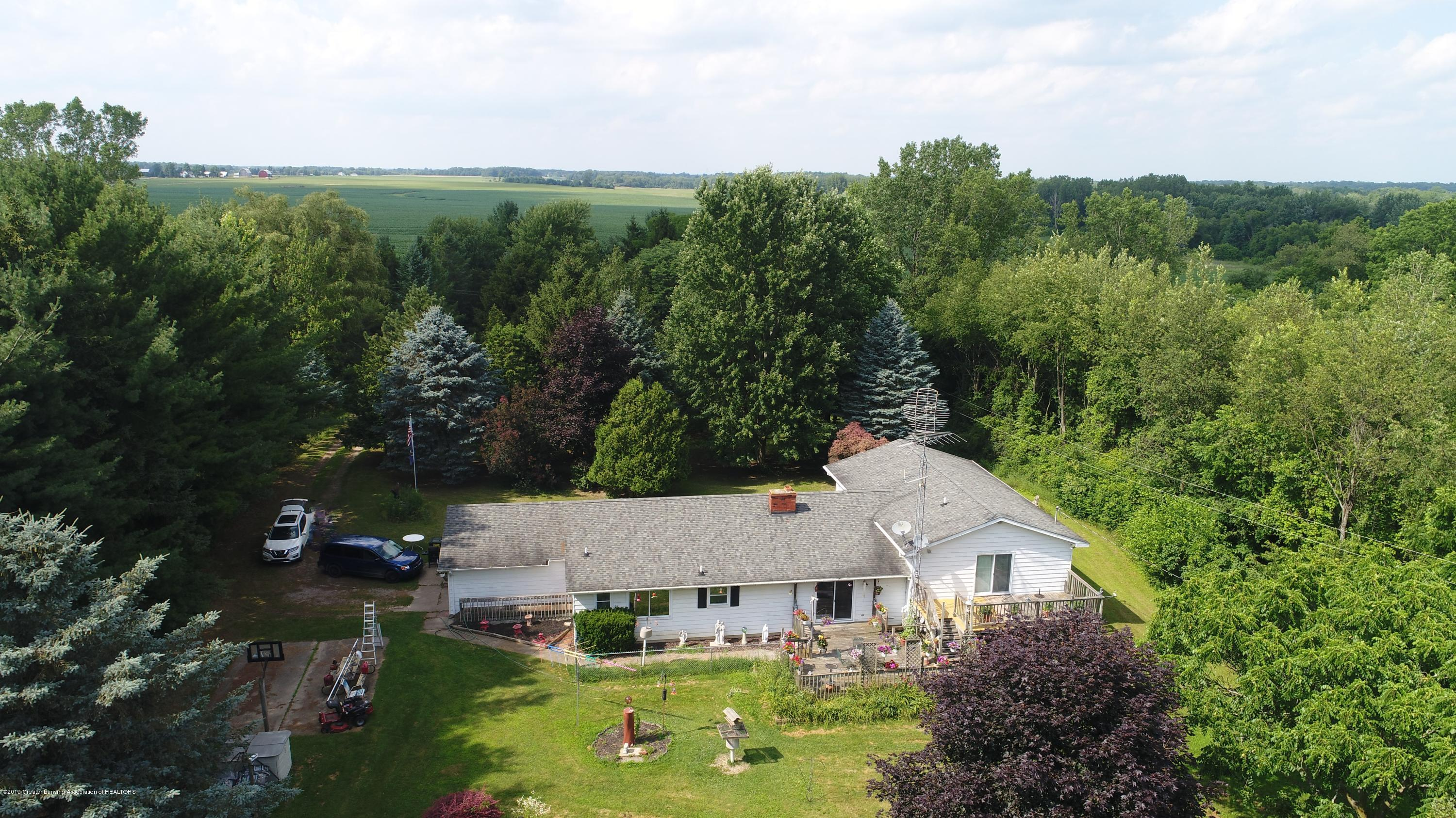2158 Dennis Rd - Home and Front Yard - 41