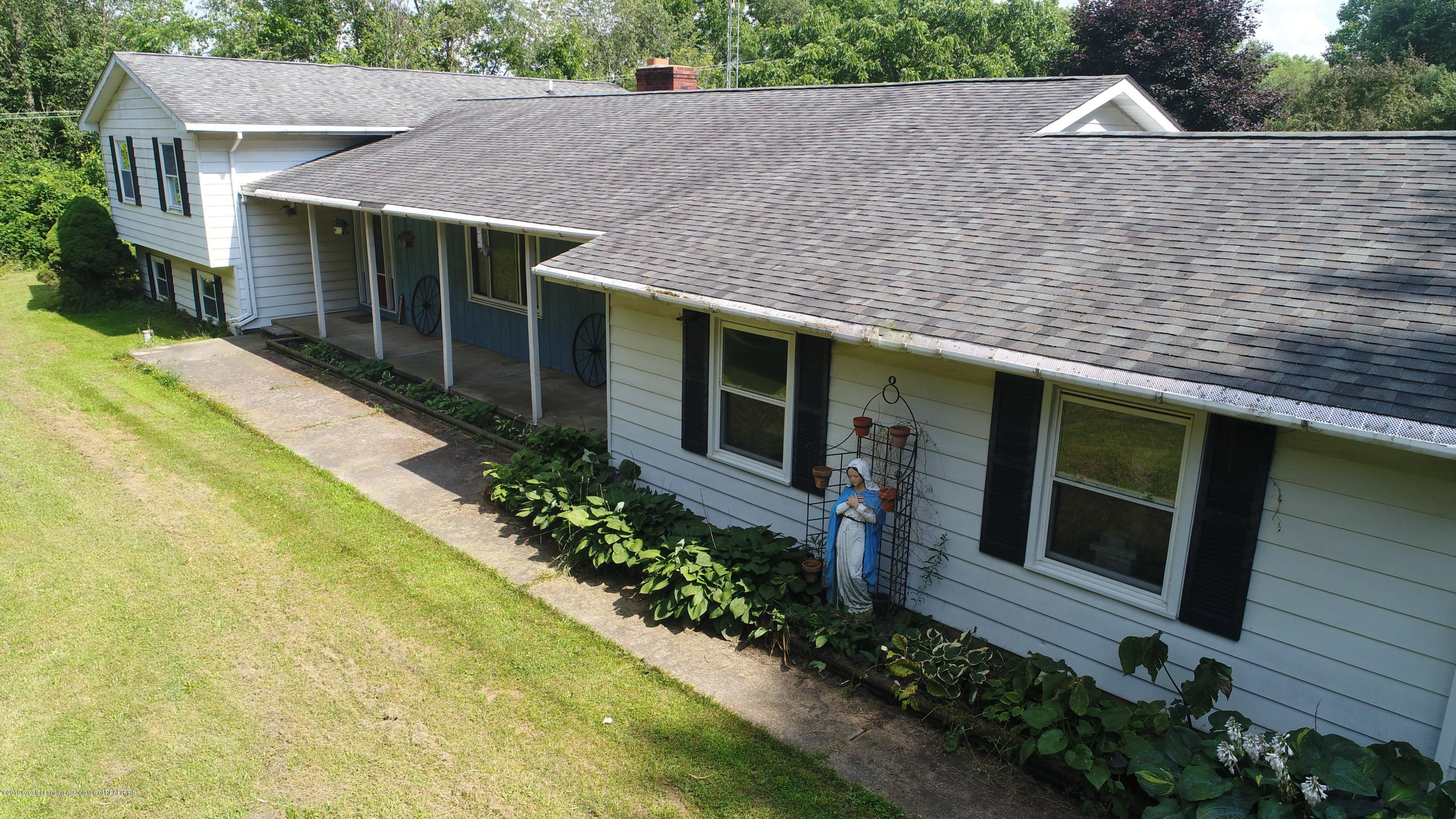 2158 Dennis Rd - Front of Home - 42