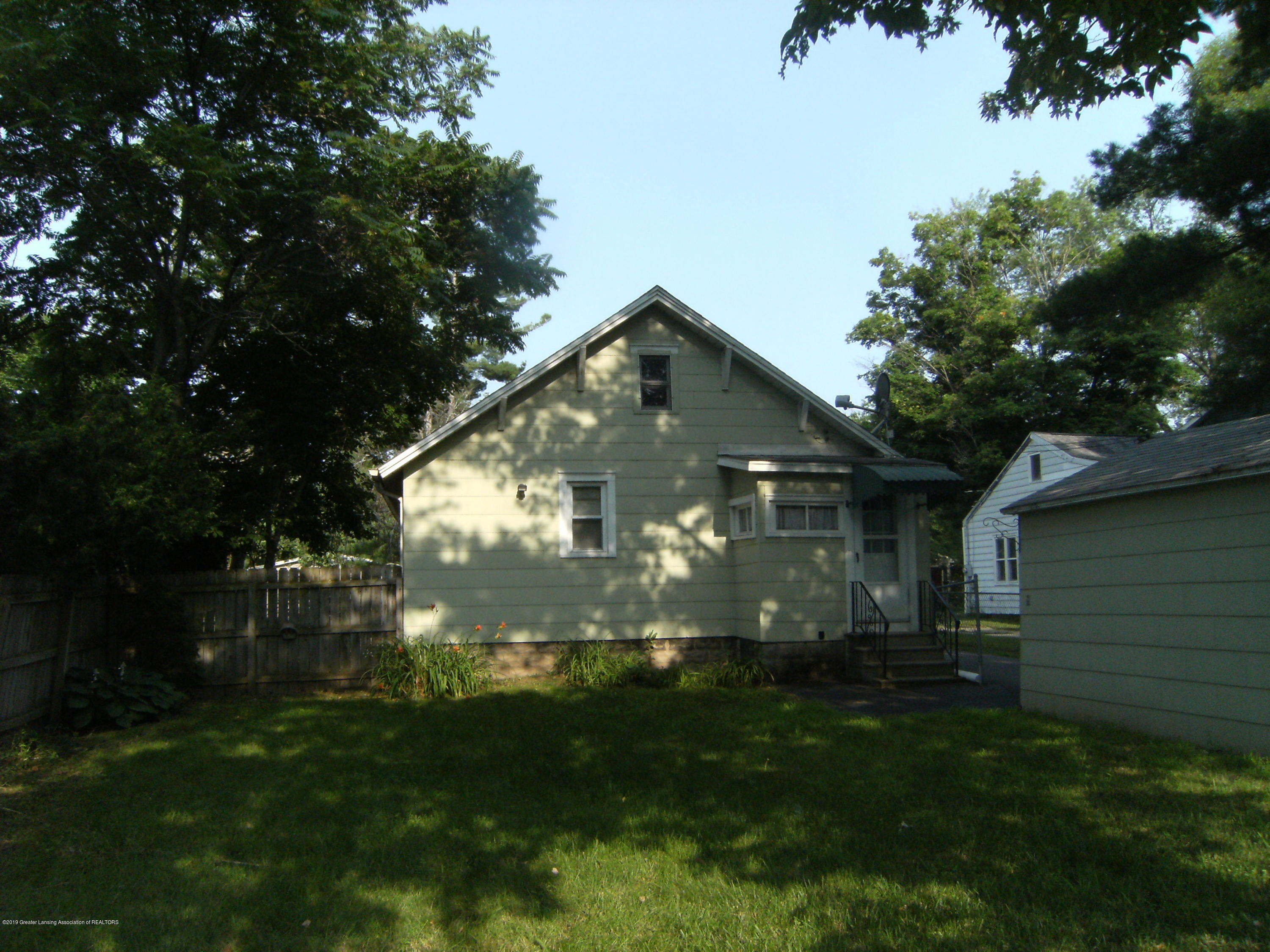 3021 Stabler St - Back of house - 13