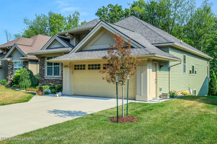 16805 Meadowbrook Dr - Front - 40