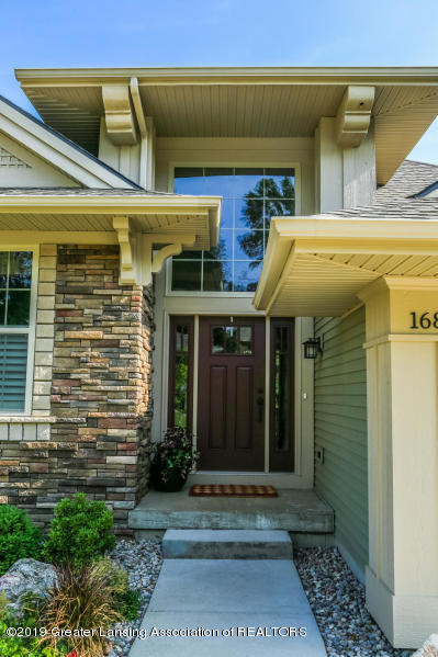 16805 Meadowbrook Dr - Front Door - 3