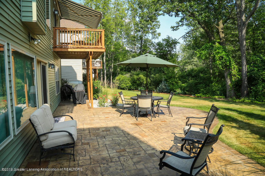 16805 Meadowbrook Dr - Backyard - 34