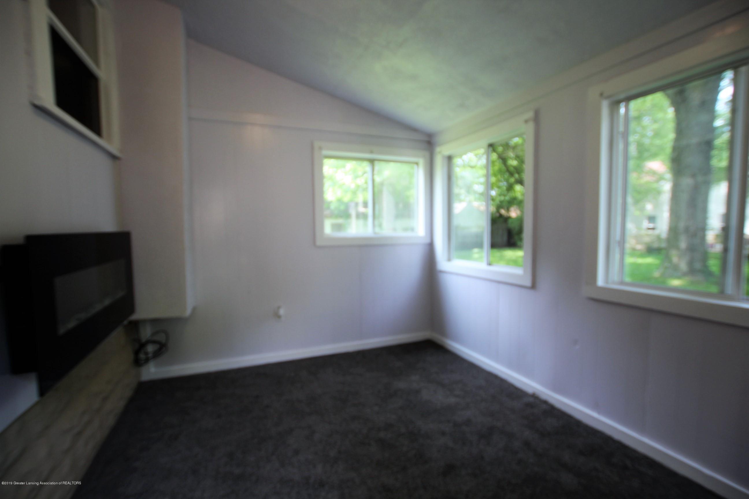 120 Astor Ave - Four Season Room - 25