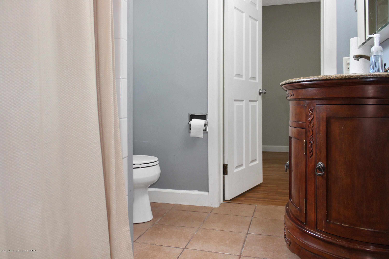 229 E Front St - Bathroom - 9