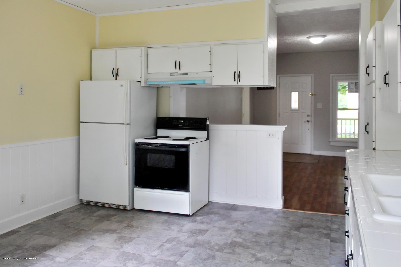 229 E Front St - Kitchen 3 - 6