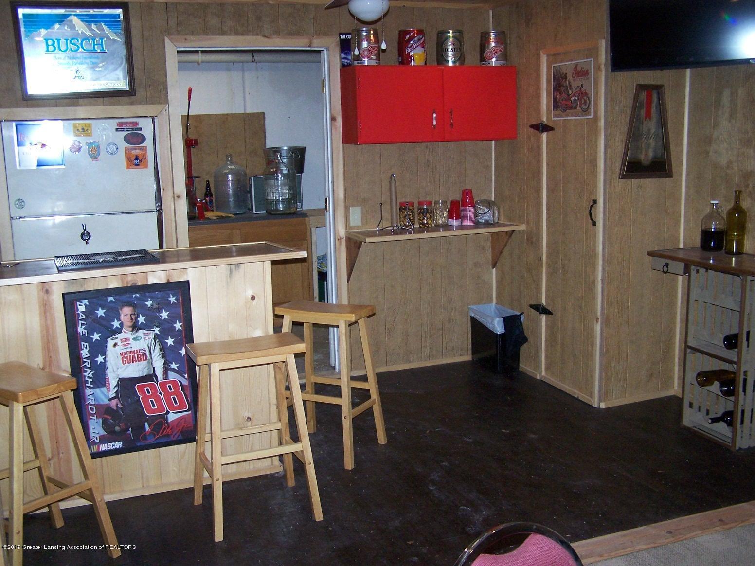 616 Vaughn - Basement Bar room - 18