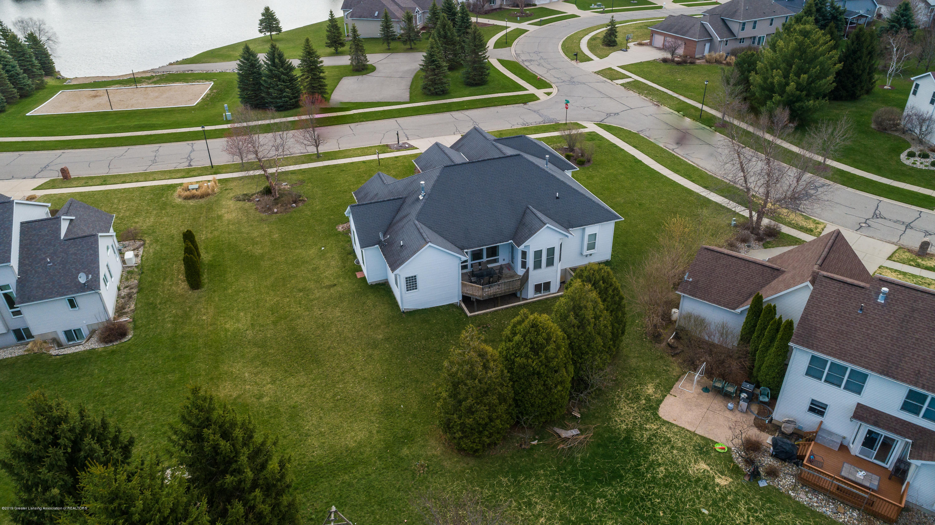 12780 Paradise Dr - Aerial - 60