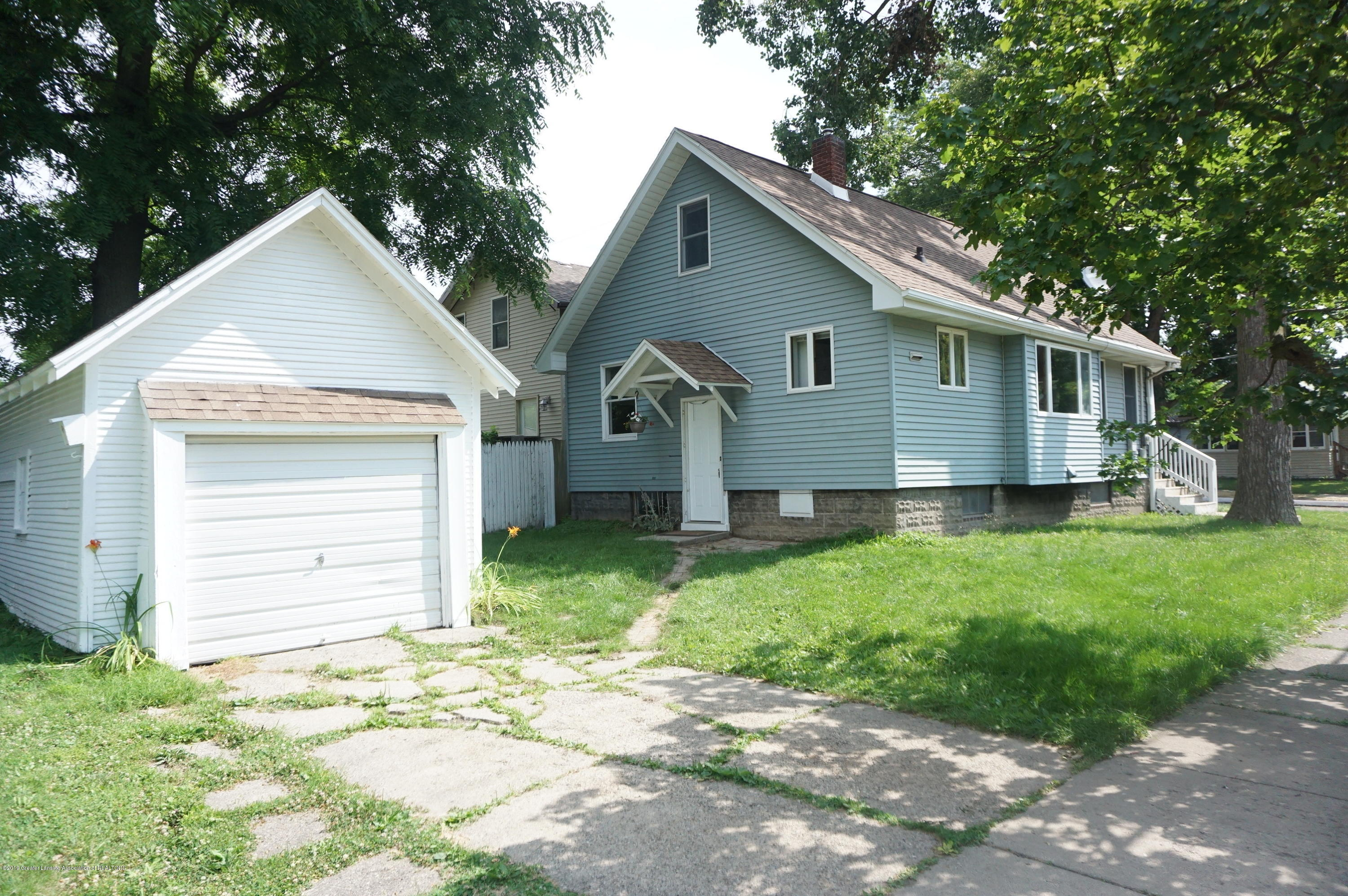 1920 Stirling Ave - Stirling - 24 - 2