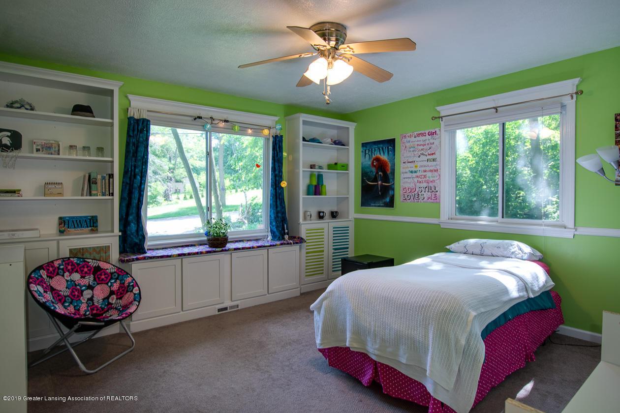 1725 Mt Vernon Ave - Bedroom 2 - 16