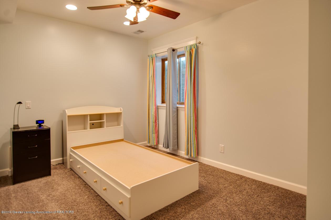 1725 Mt Vernon Ave - Bedroom 4 - 20
