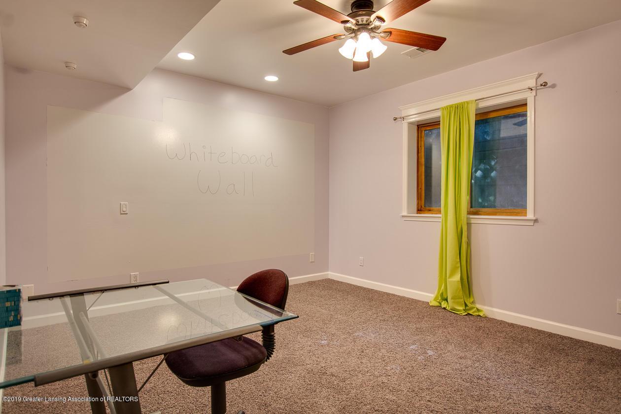 1725 Mt Vernon Ave - Bedroom 5 - 23