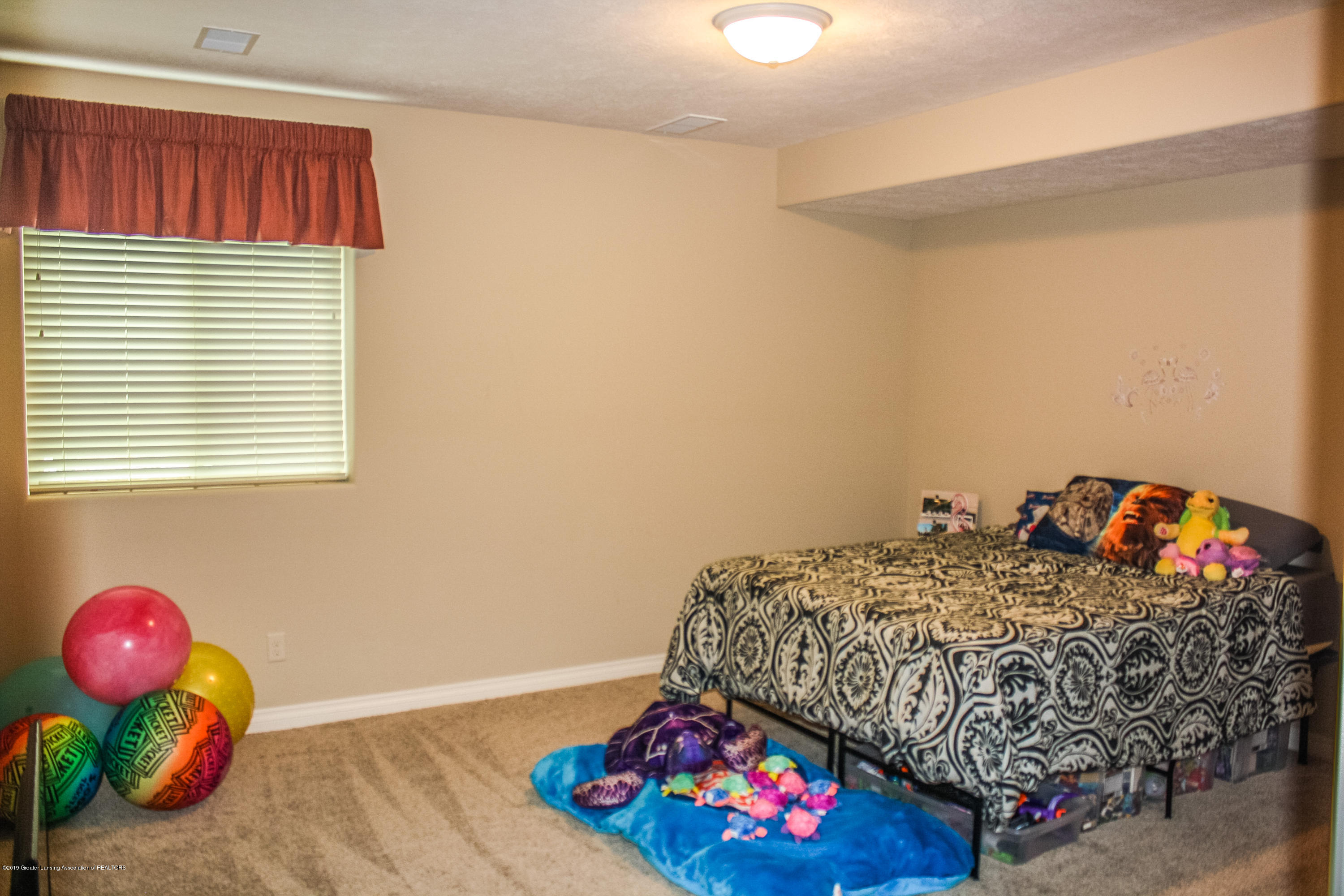 16805 Meadowbrook Dr - untitled-0124 - 32