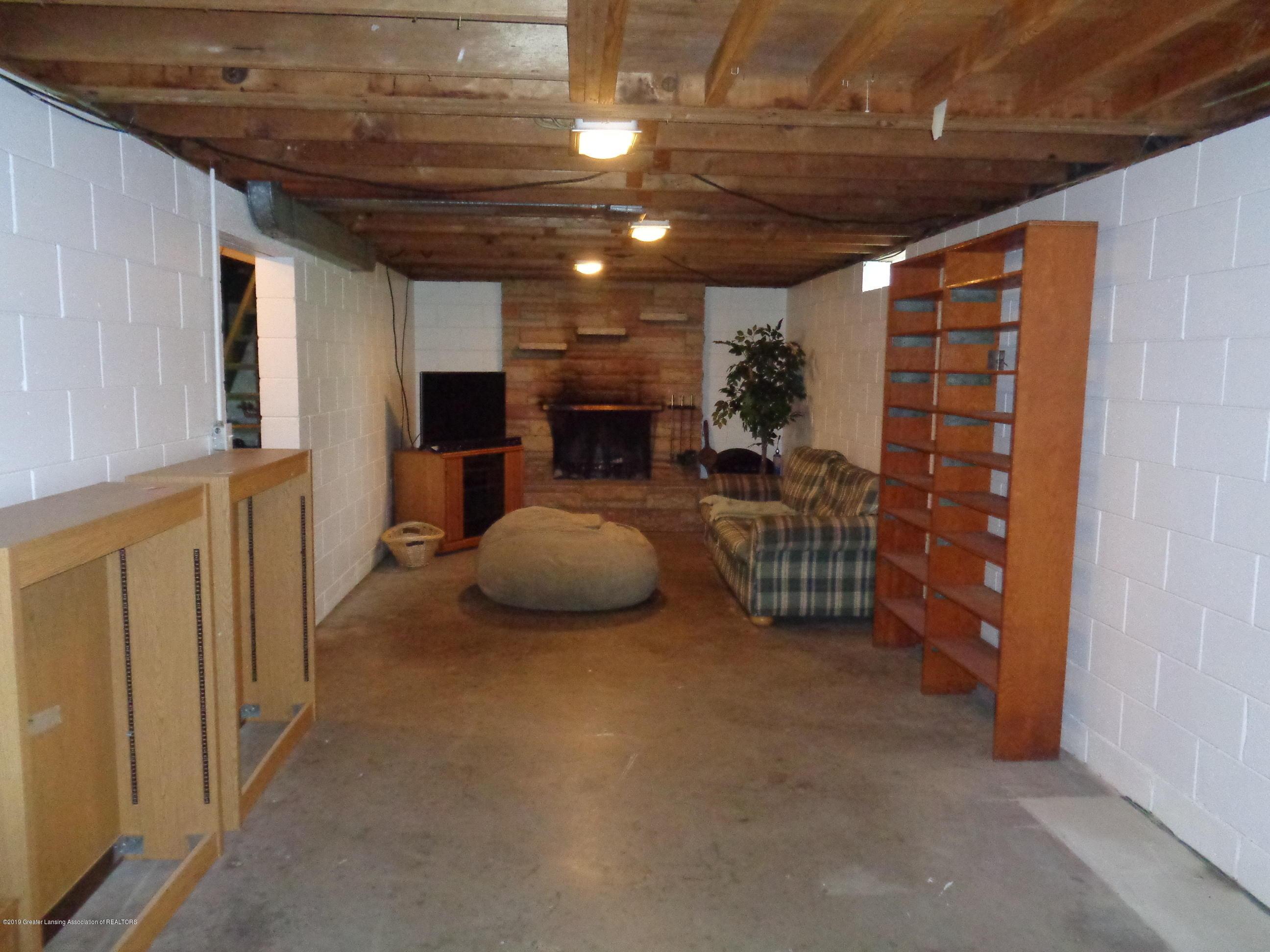 3525 W Kalamazoo St - kalamazoo basement 2 - 16