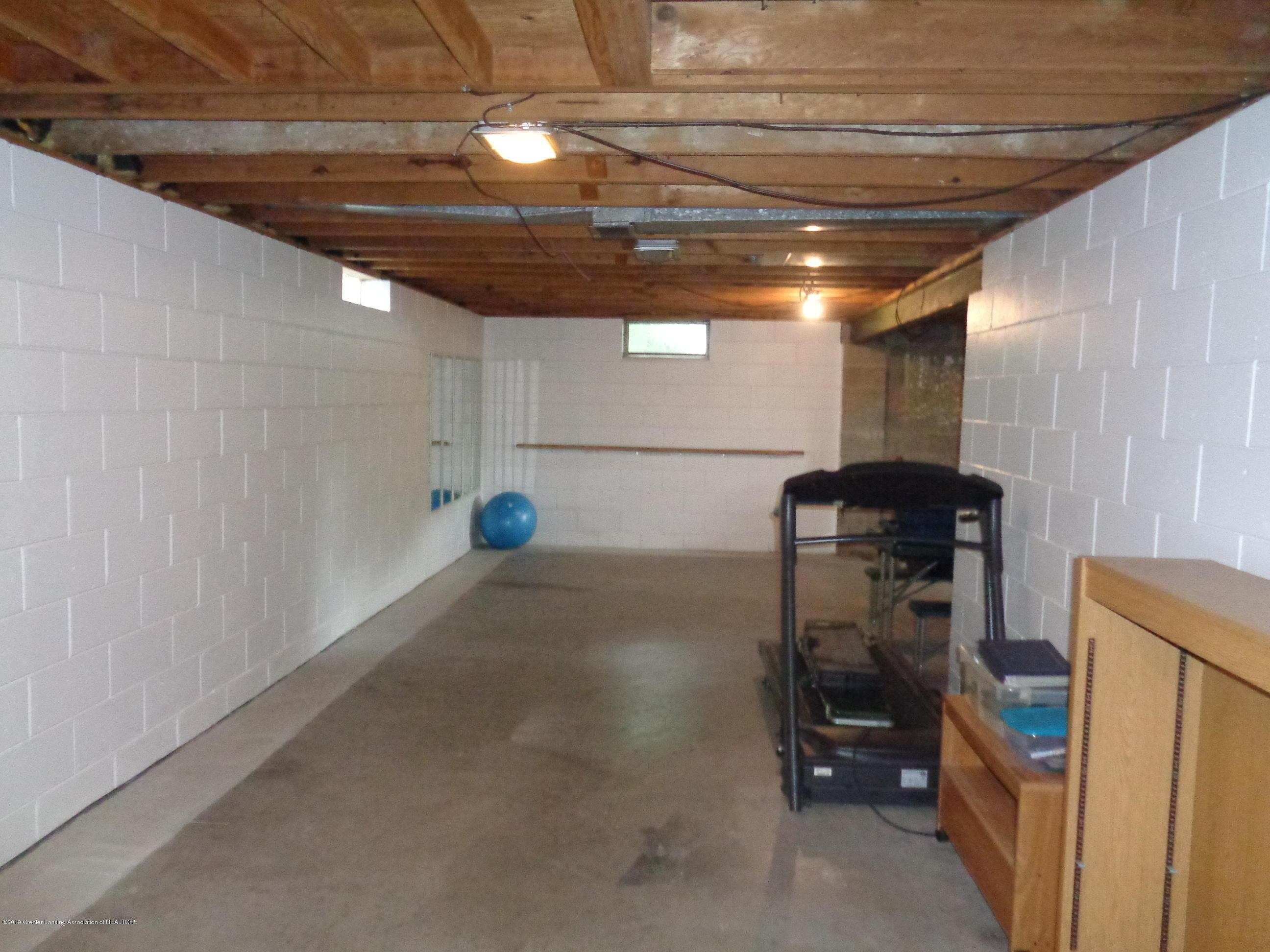 3525 W Kalamazoo St - kalamazoo basement 3 - 17