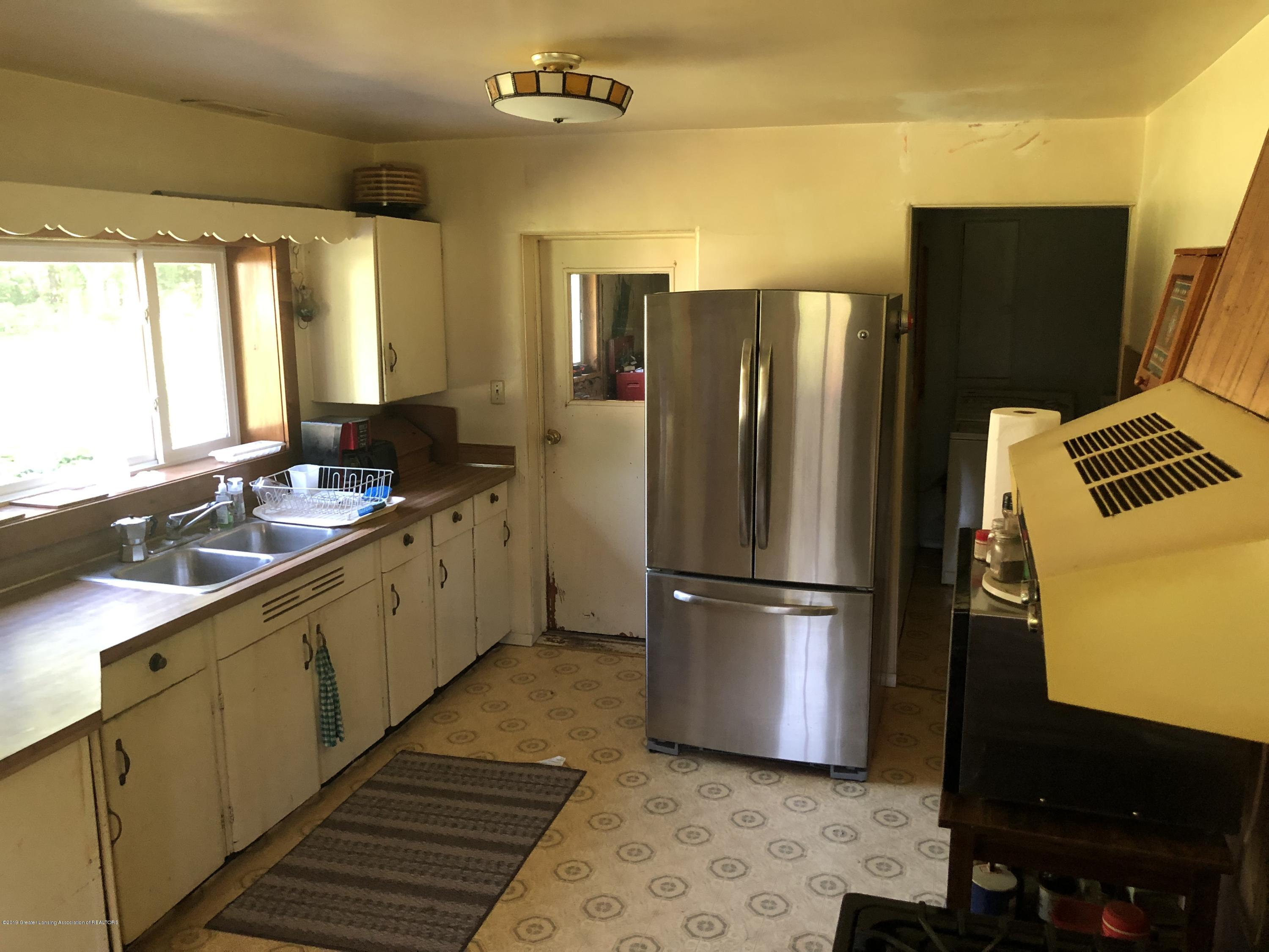 14120 Myers Rd - Kitchen 1 - 10