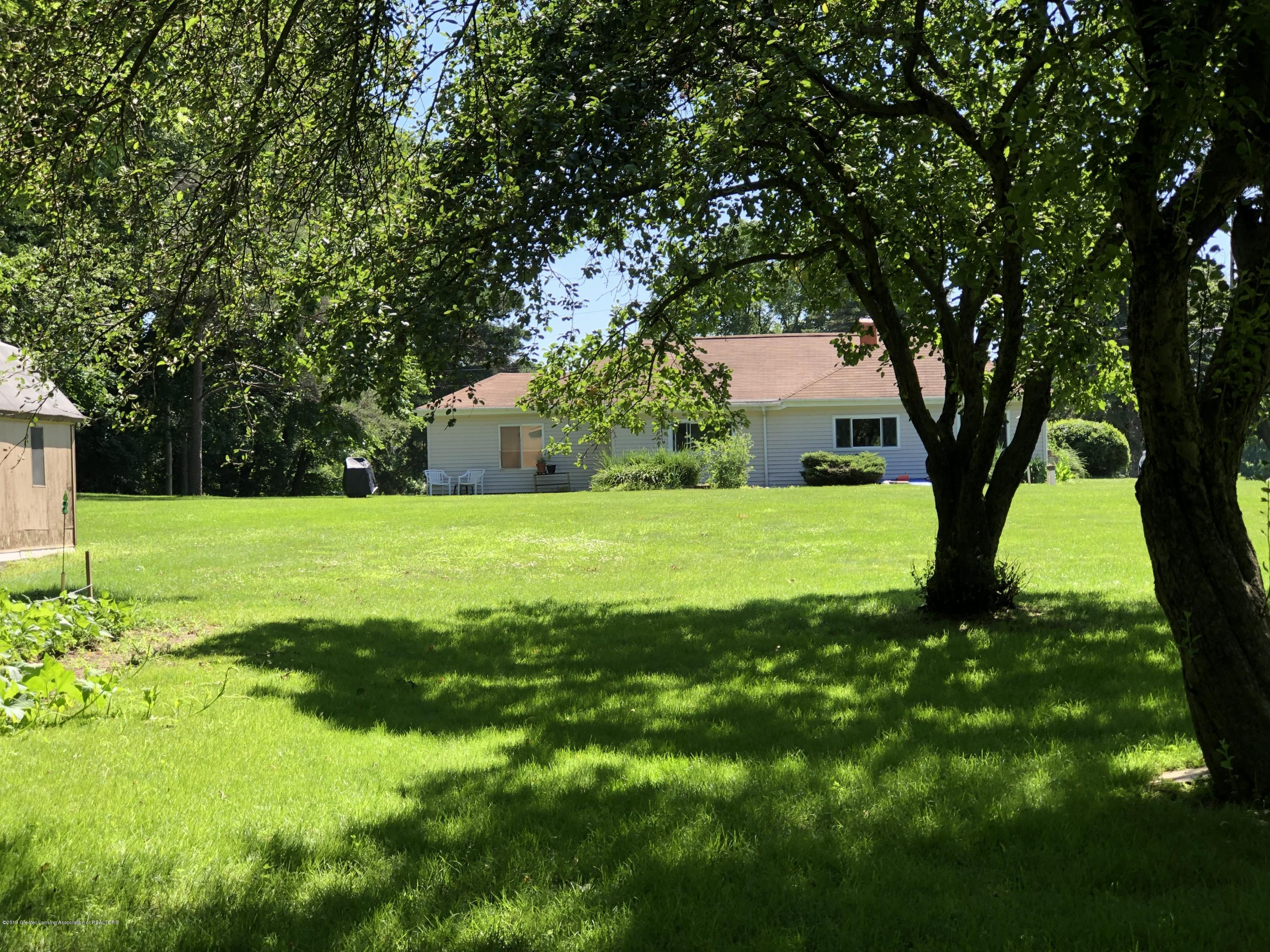 14120 Myers Rd - Rear yard with trees - 22