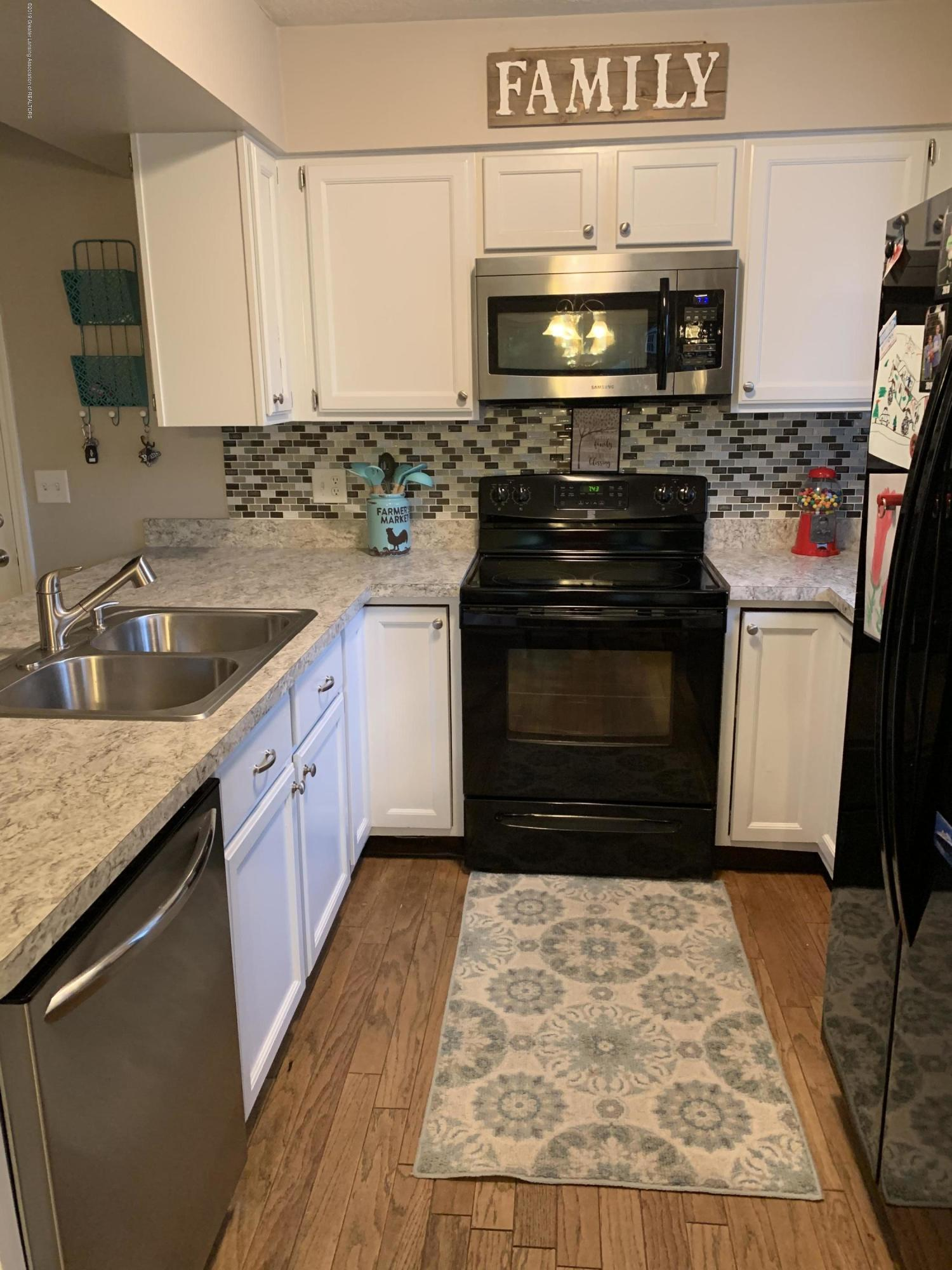 503 Manchester Dr - 503 Kitchen 2 - 11