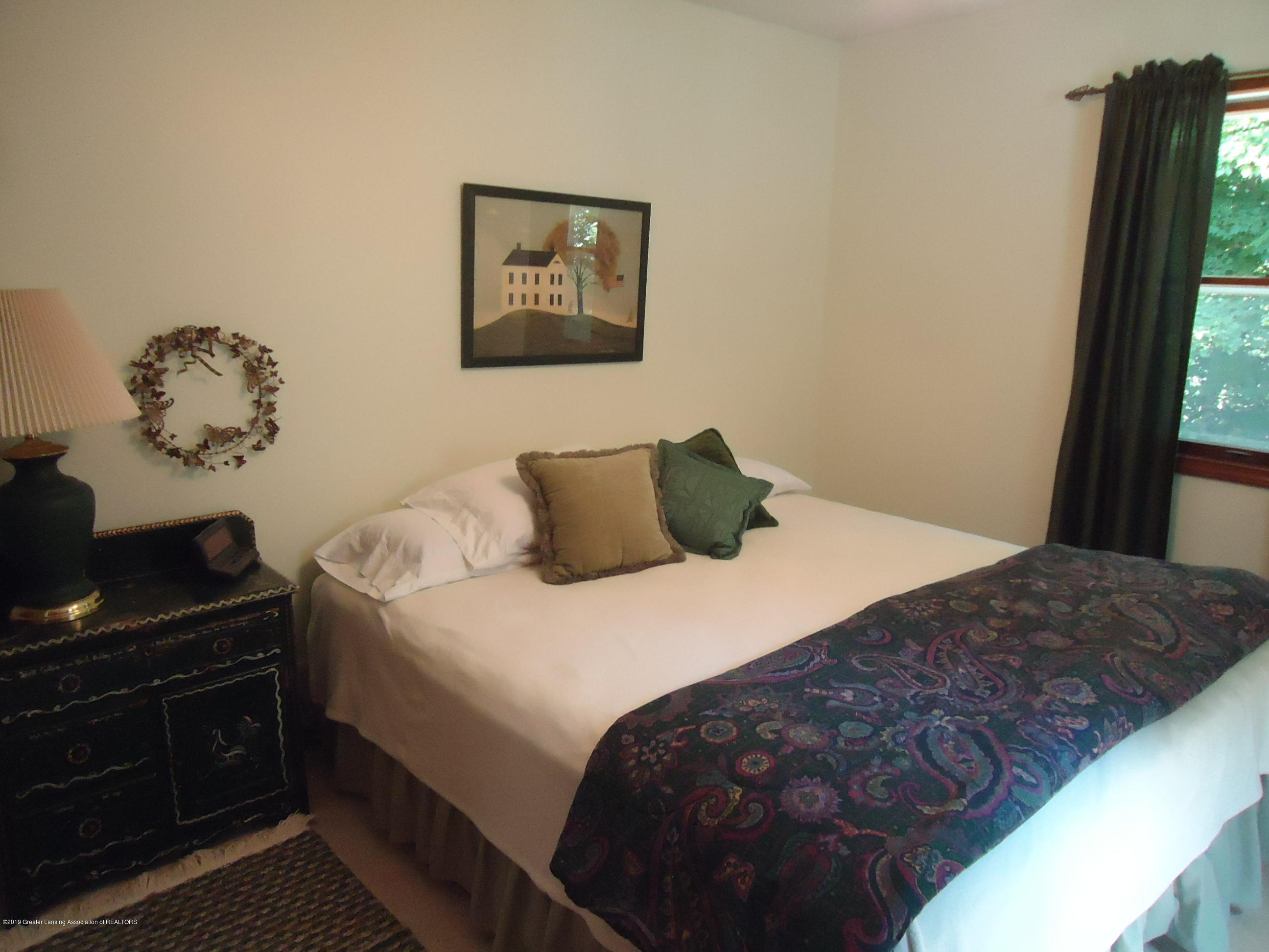 530 S Ainger Rd - Bedroom 2 - 24