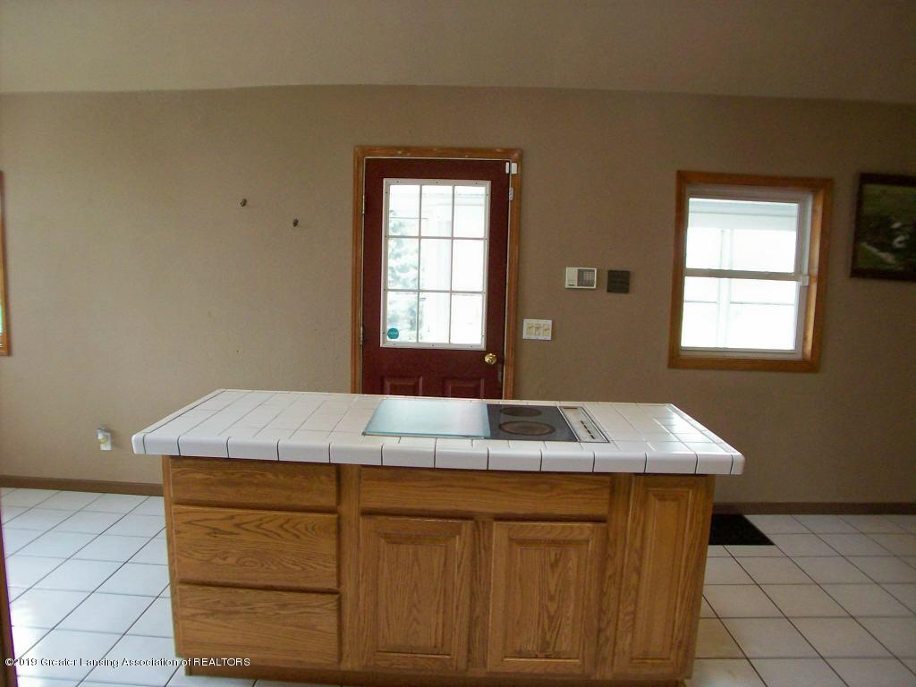 7904 S Francis Rd - 000_0171 - 30