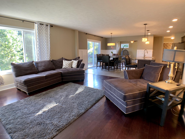 1405 Moose Dr - Living Room - 9