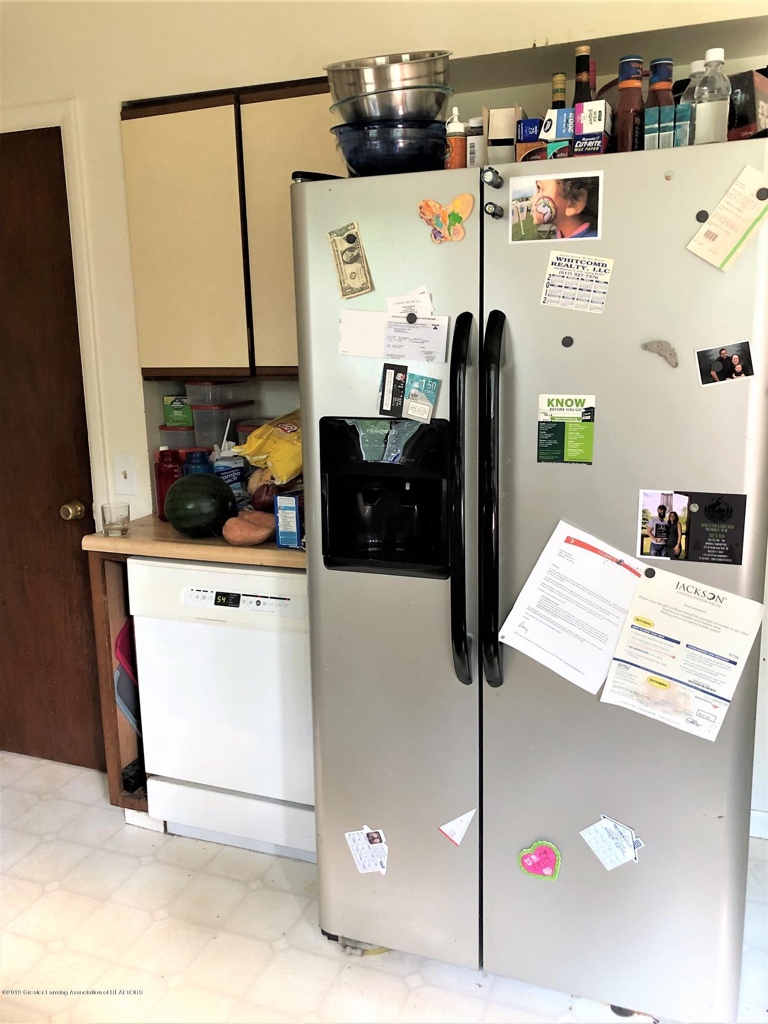 1805 Comfort St - Kitchen fridge - 5