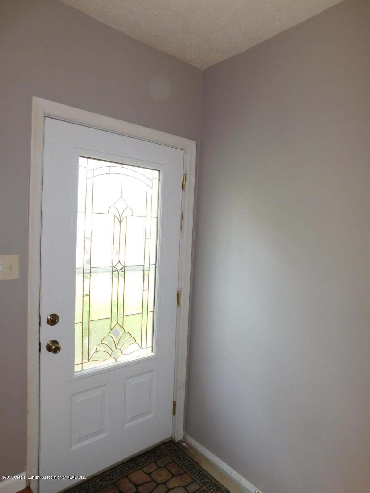 4111 Clayborn Rd - BEAUTIFUL FRONT DOOR - 3