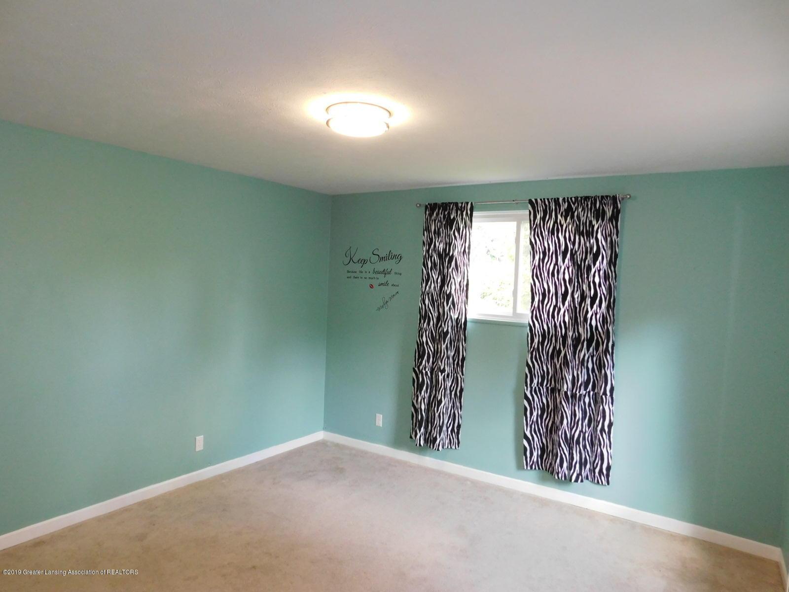 4111 Clayborn Rd - MASTER BEDROOM - 13