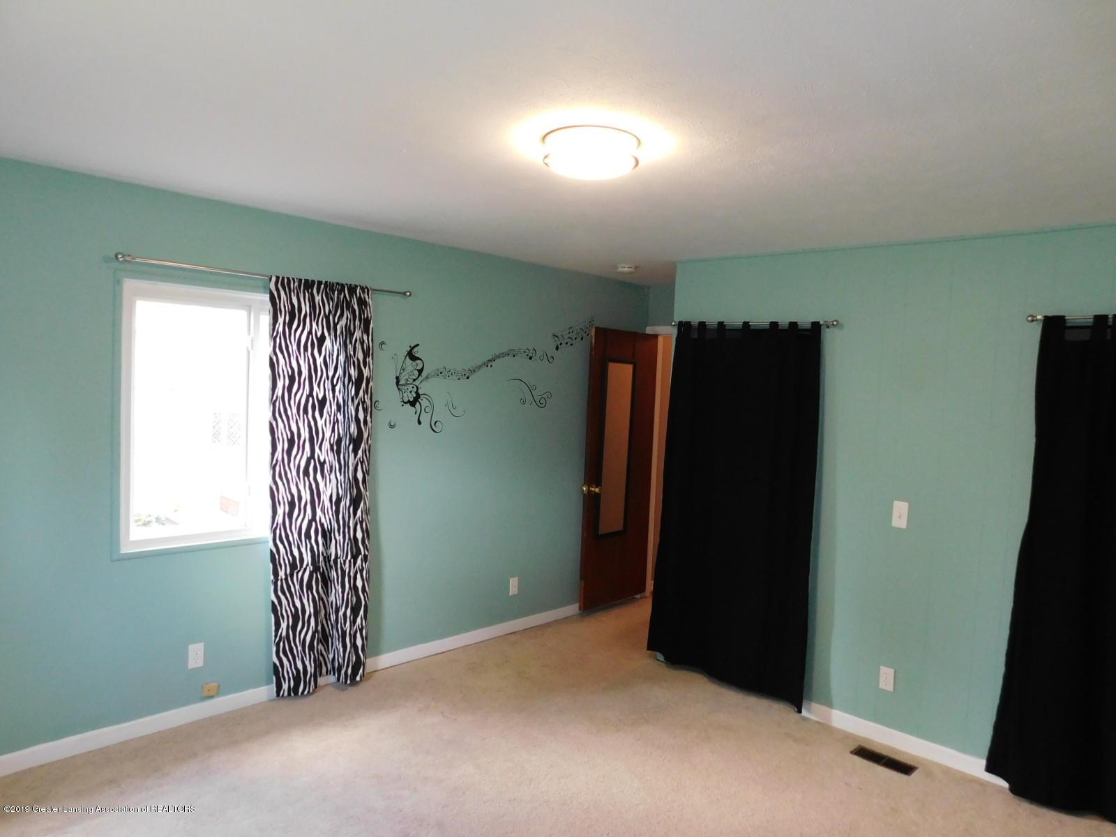 4111 Clayborn Rd - MASTER BEDROOM - 14