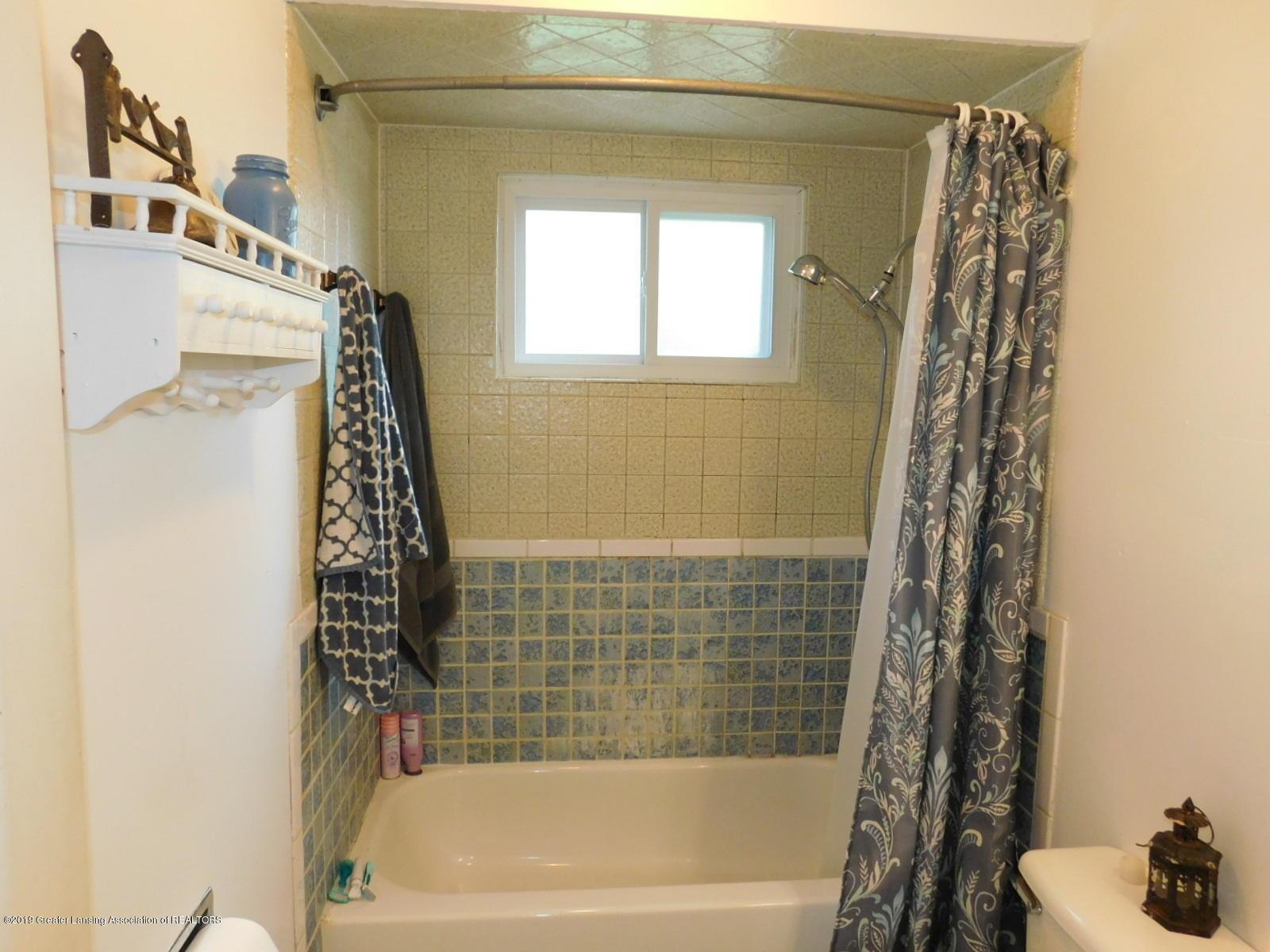 4111 Clayborn Rd - FULL BATH - 20