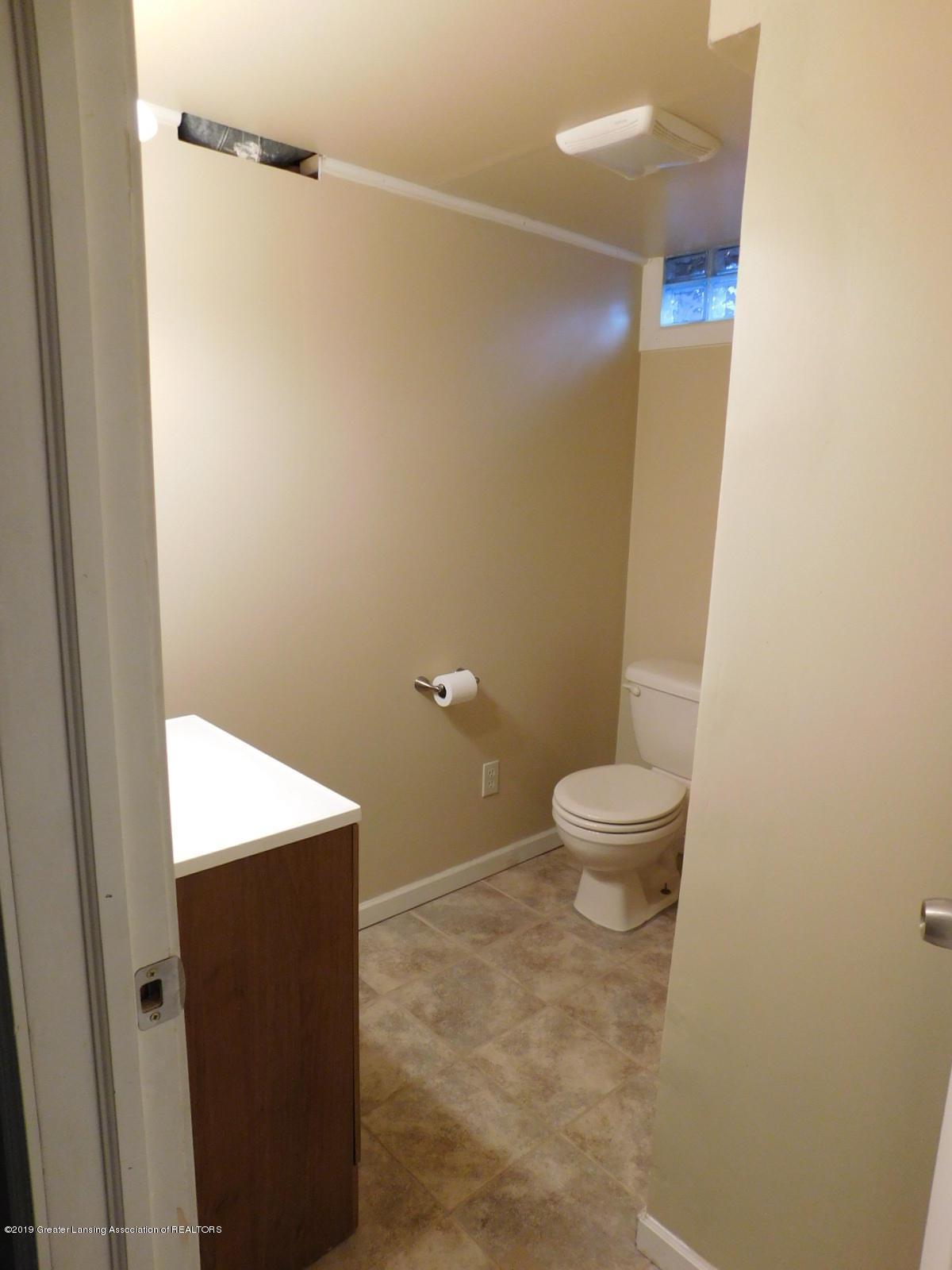 4111 Clayborn Rd - FULL BATH IN LOWER LEVEL - 27