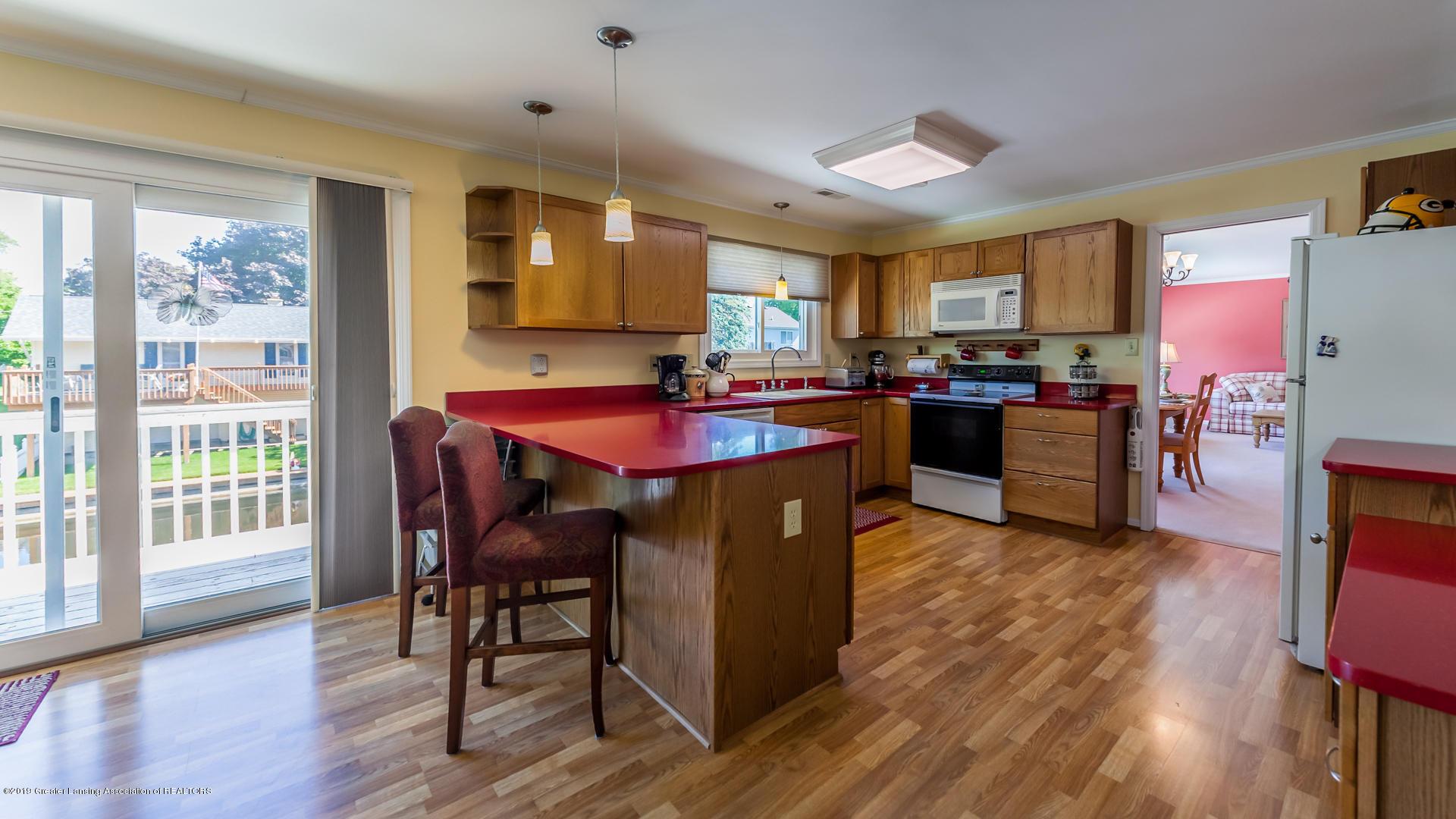 10109 Burgundy Blvd - kitchen - 7
