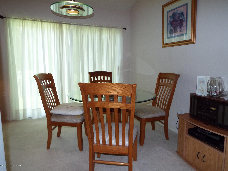 3056 E Lake Lansing Rd - Dining Area - 8