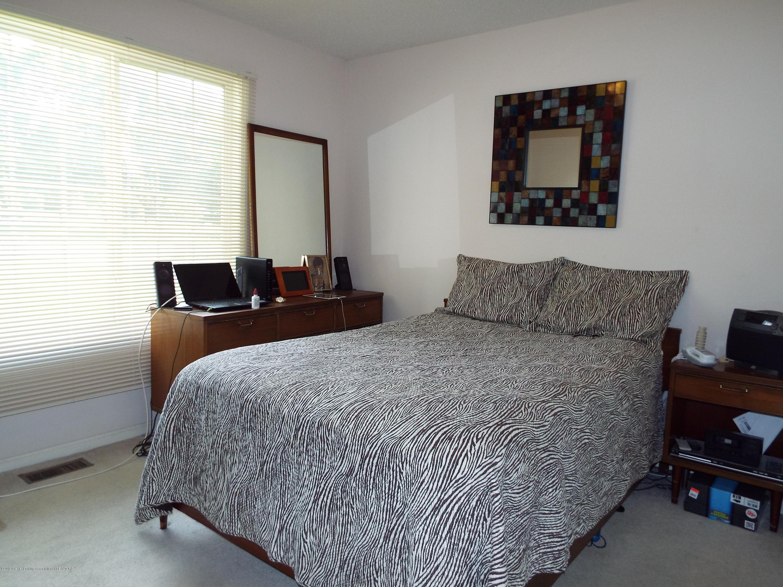 3056 E Lake Lansing Rd - Bedroom 2 - 15