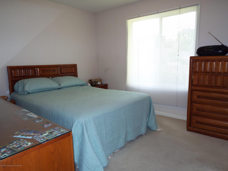 3056 E Lake Lansing Rd - Master Bedroom - 16