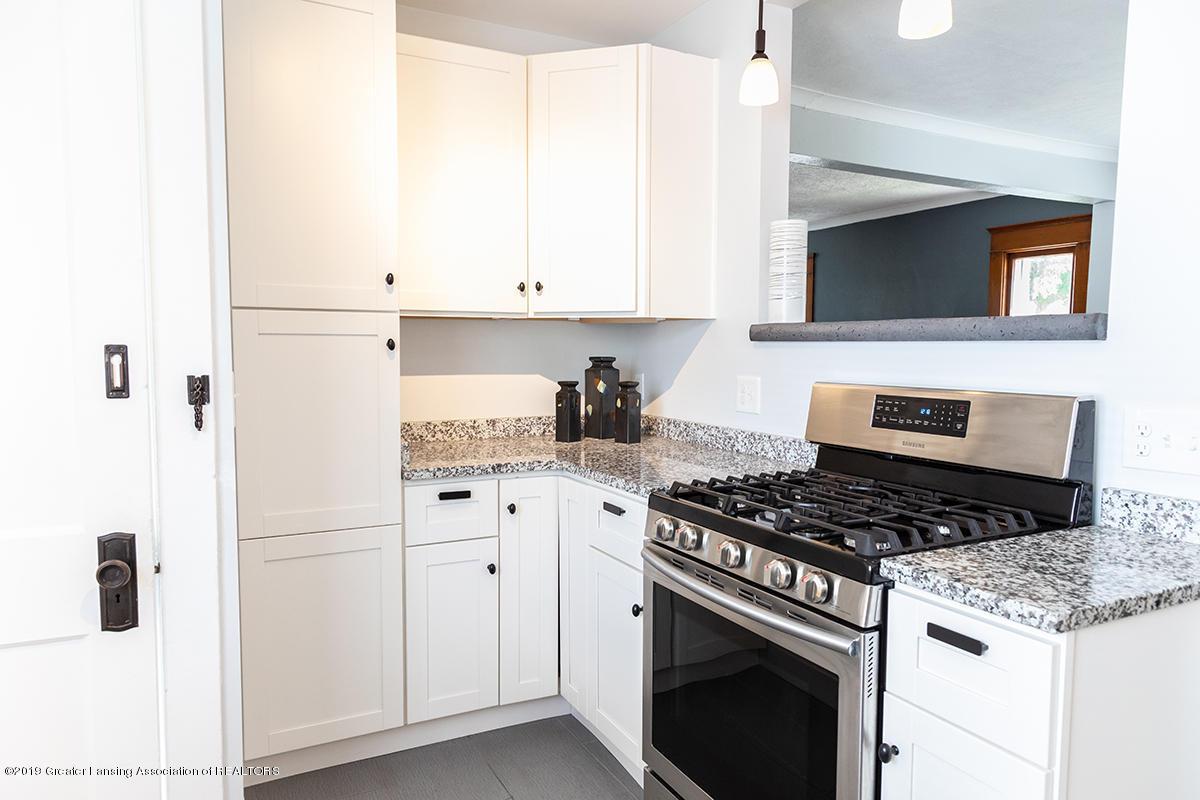 1318 Eureka St - kitchen - 10