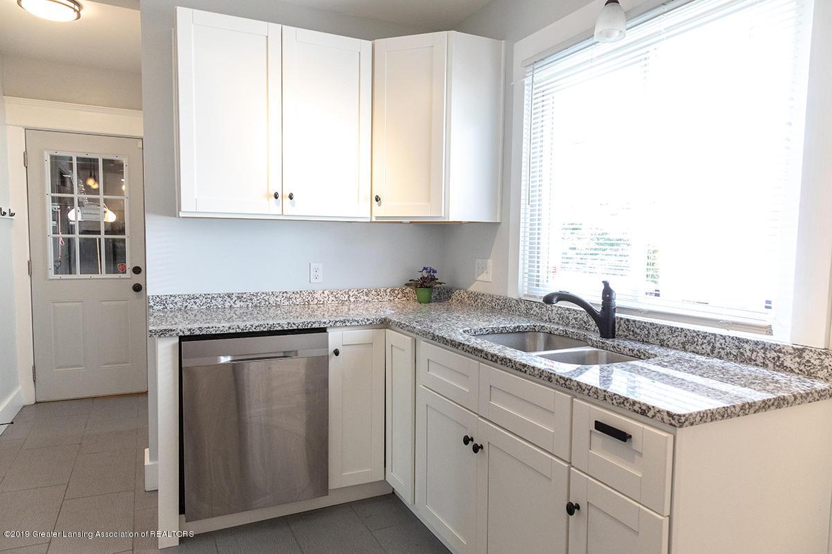 1318 Eureka St - kitchen3 - 12
