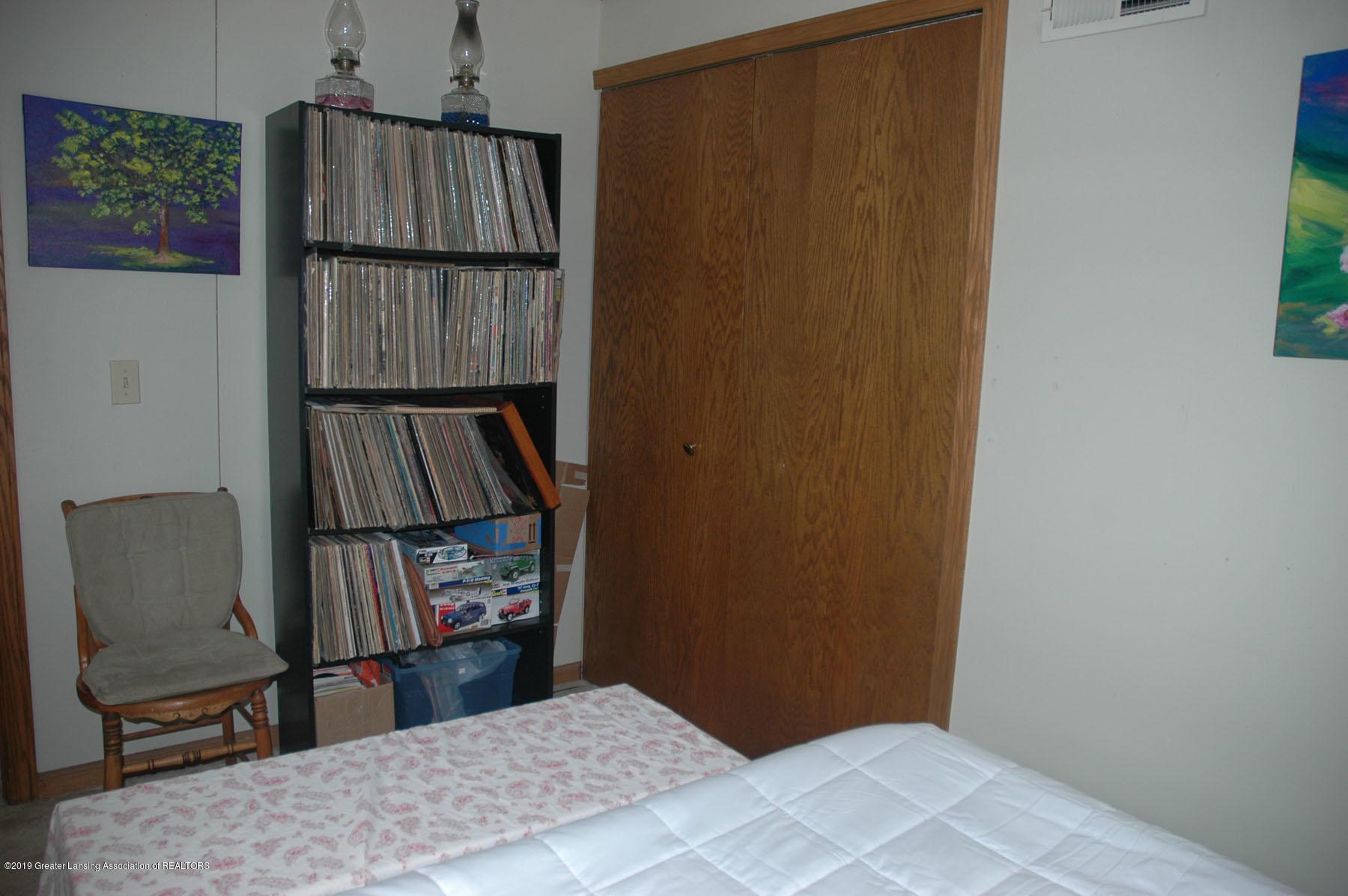 1971 N Michigan Rd - Bedroom5b - 32