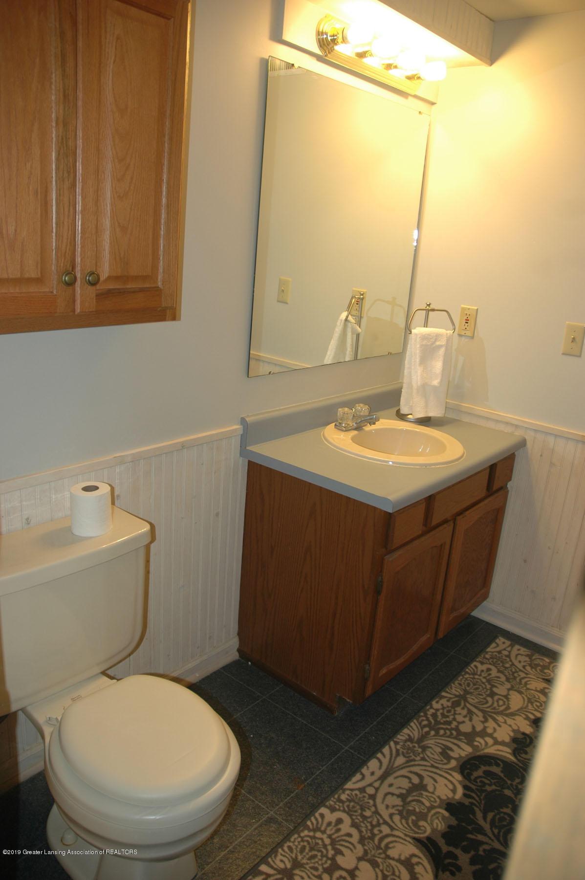 1971 N Michigan Rd - Bathroom2a - 33